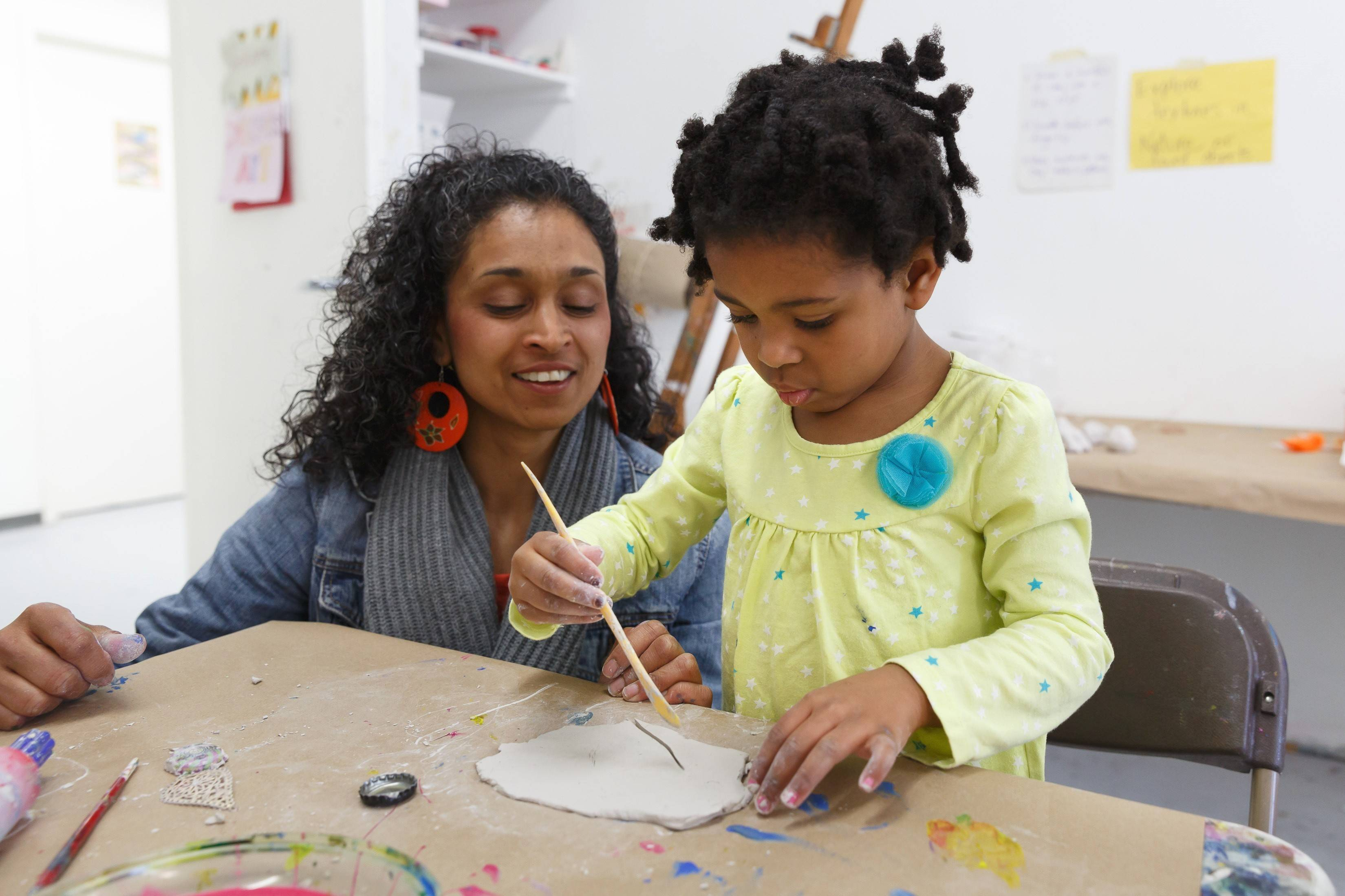 Make mom a special card on Second Sunday (May 11) at the Hyde Park Art Center in Chicago.