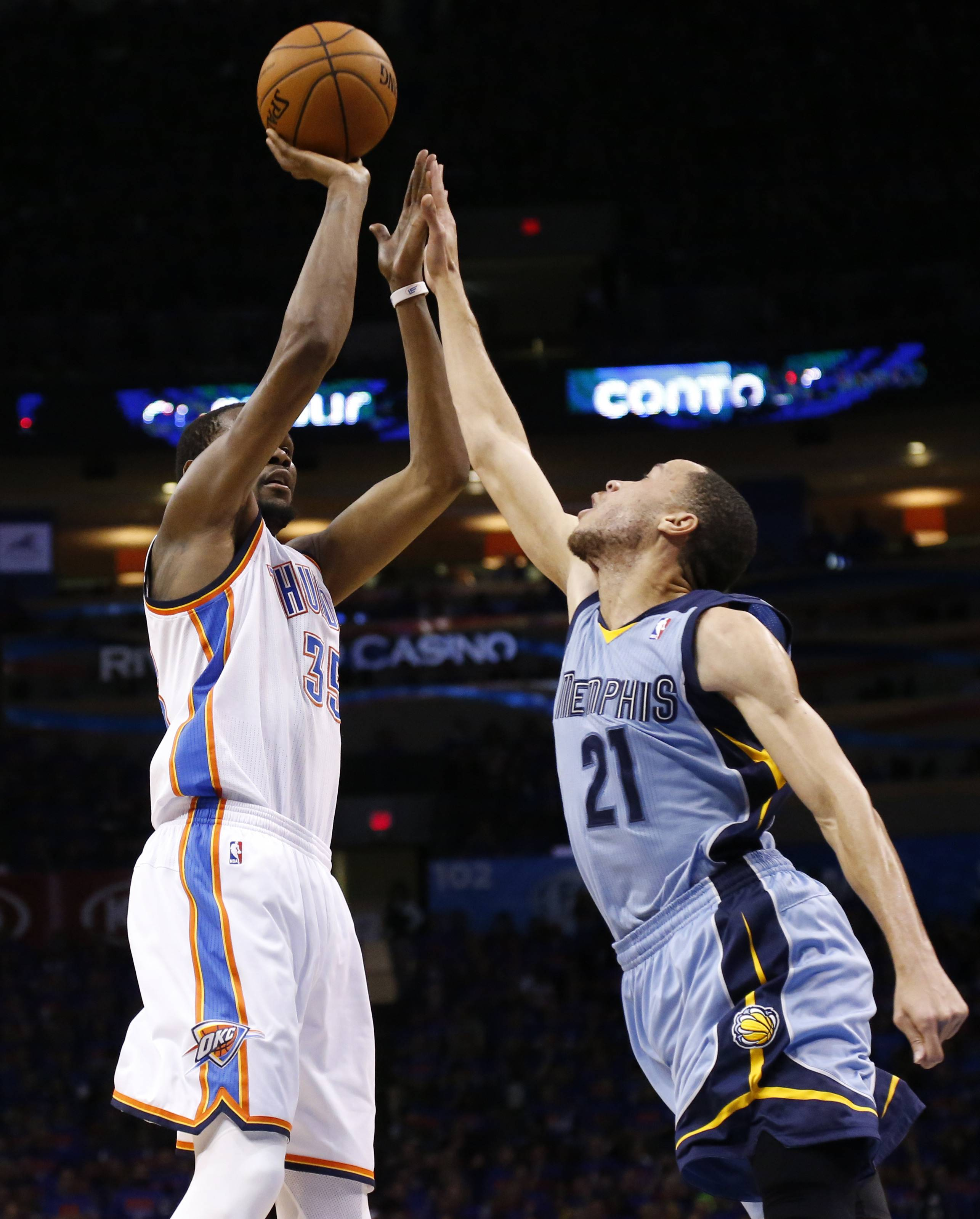 Oklahoma City Thunder forward Kevin Durant (35) shoots over Memphis Grizzlies forward Tayshaun Prince (21) during Game 7 of an opening-round NBA basketball playoff series Saturday in Oklahoma City. The Thunder won 120-109.