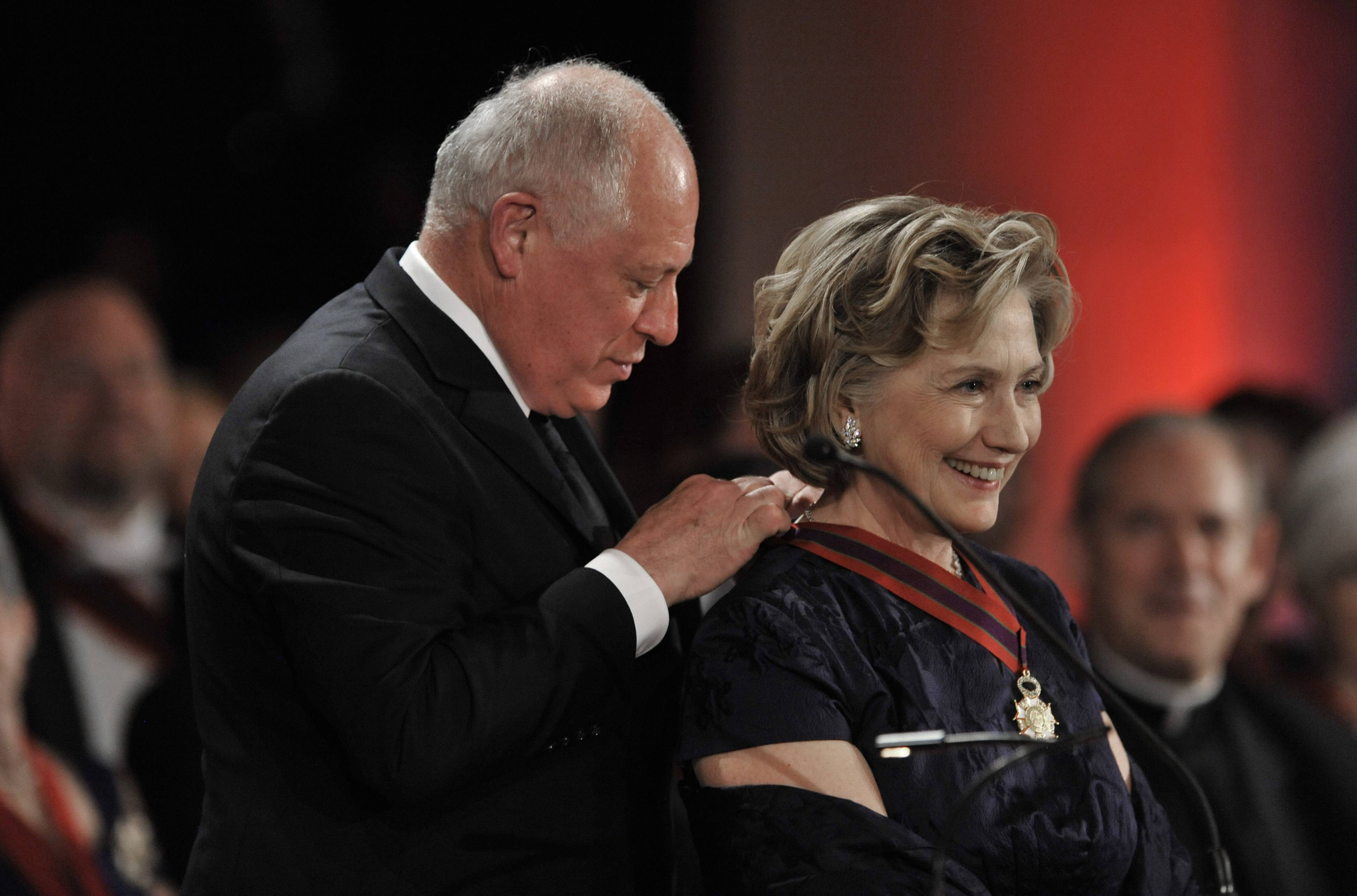 Hillary Rodham Clinton is presented the Order of Lincoln Award by Illinois Gov. Pat Quinn Saturday at the Field Museum in Chicago.