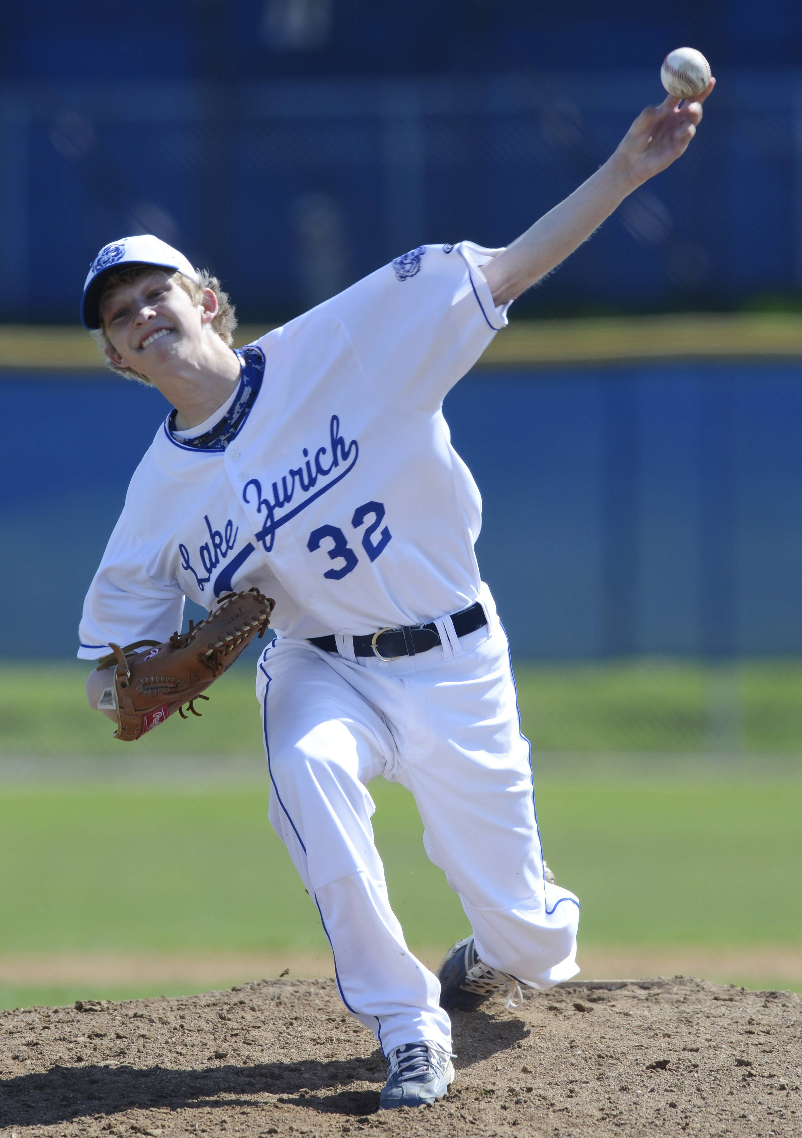 Lake Zurich pitcher Derek Kornfeind delivers to the plate during Saturday's game against Stevenson.