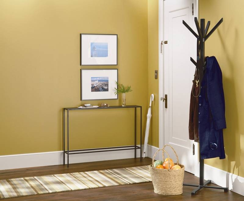 How to create your own entry foyer
