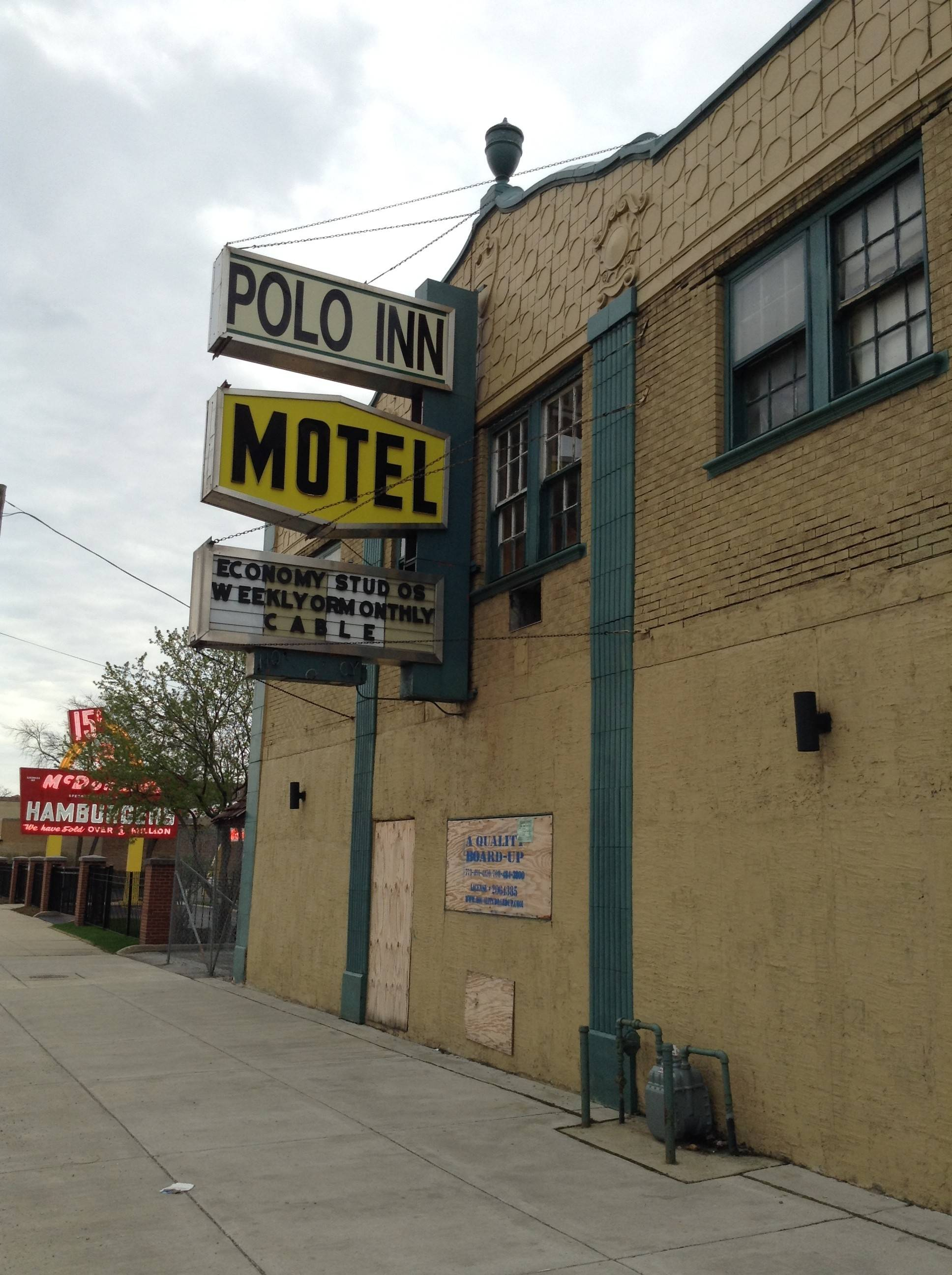 The shuttered Polo Inn motel in Des Plaines will likely be demolished to make space for a commercial or mixed use development, which some builders have suggested could include the neighboring site of the McDonald's Museum.