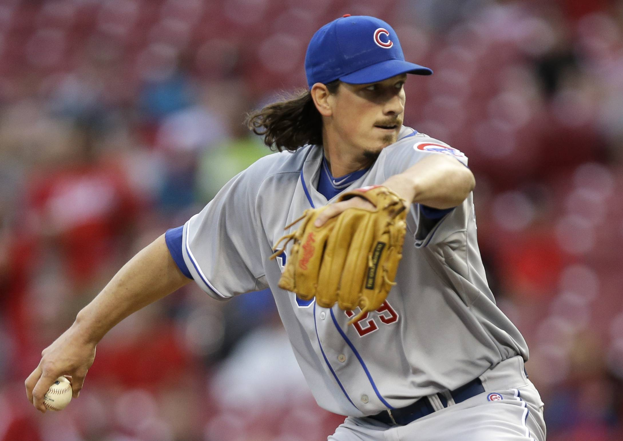 Chicago Cubs starting pitcher Jeff Samardzija throws to a Cincinnati Reds batter in the first inning of a baseball game, Tuesday, April 29, 2014, in Cincinnati.
