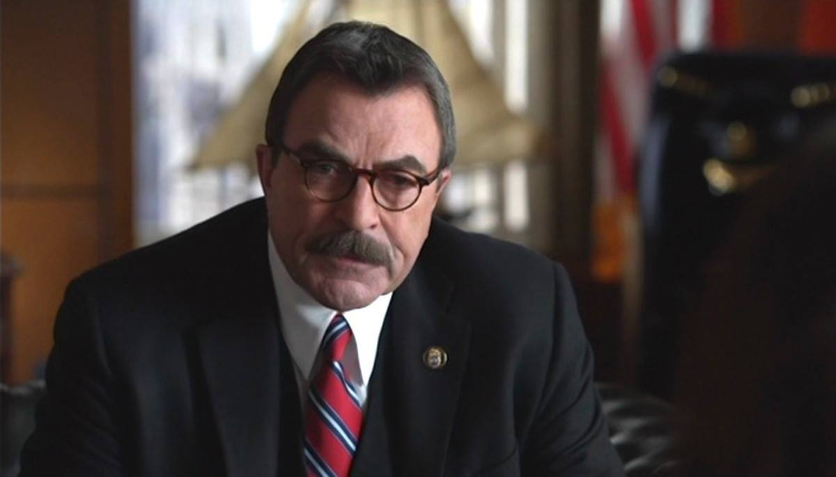 "Police commissioner Frank Reagan (Tom Selleck) looks into potential issues in the force as ""Blue Bloods"" ends its fourth season on CBS."