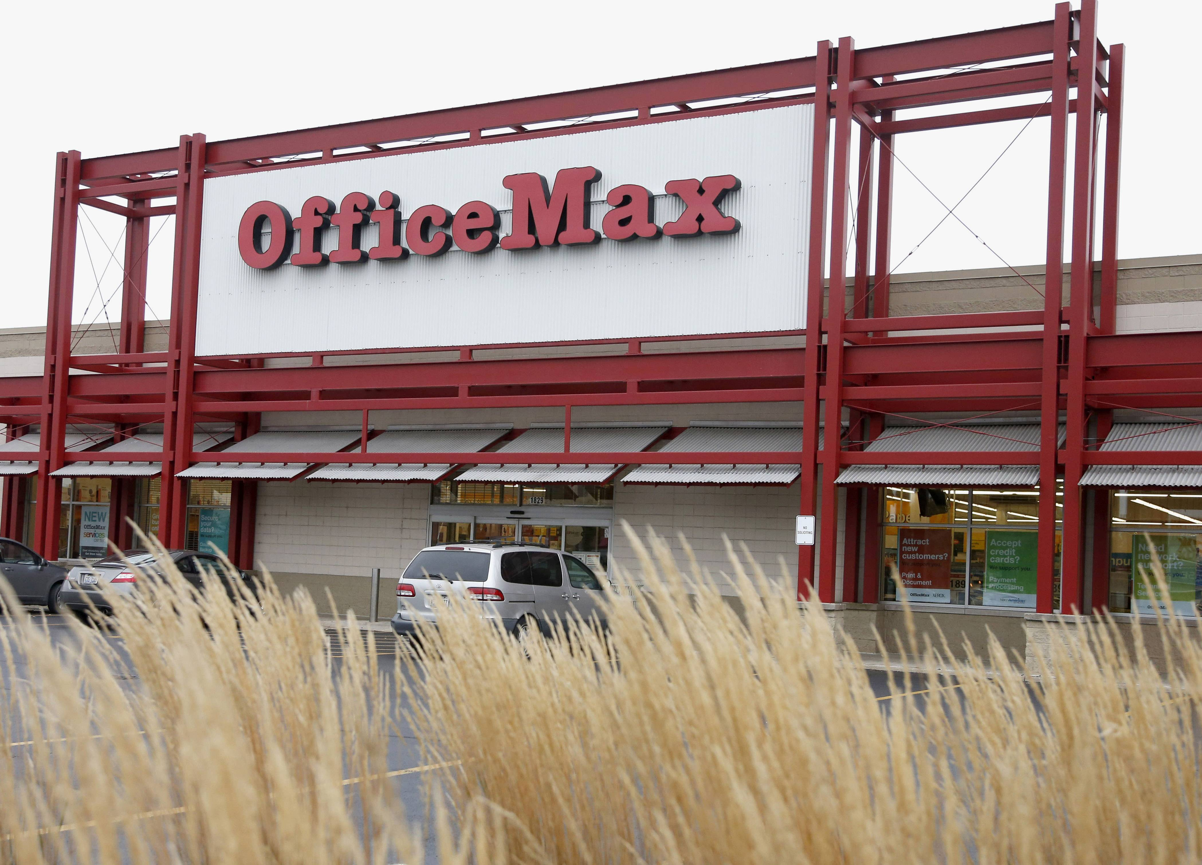 Office Depot is planning to close at least 400 U.S. stores, as its merger with Naperville-based OfficeMax resulted in an overlap of retail locations that can be consolidated.