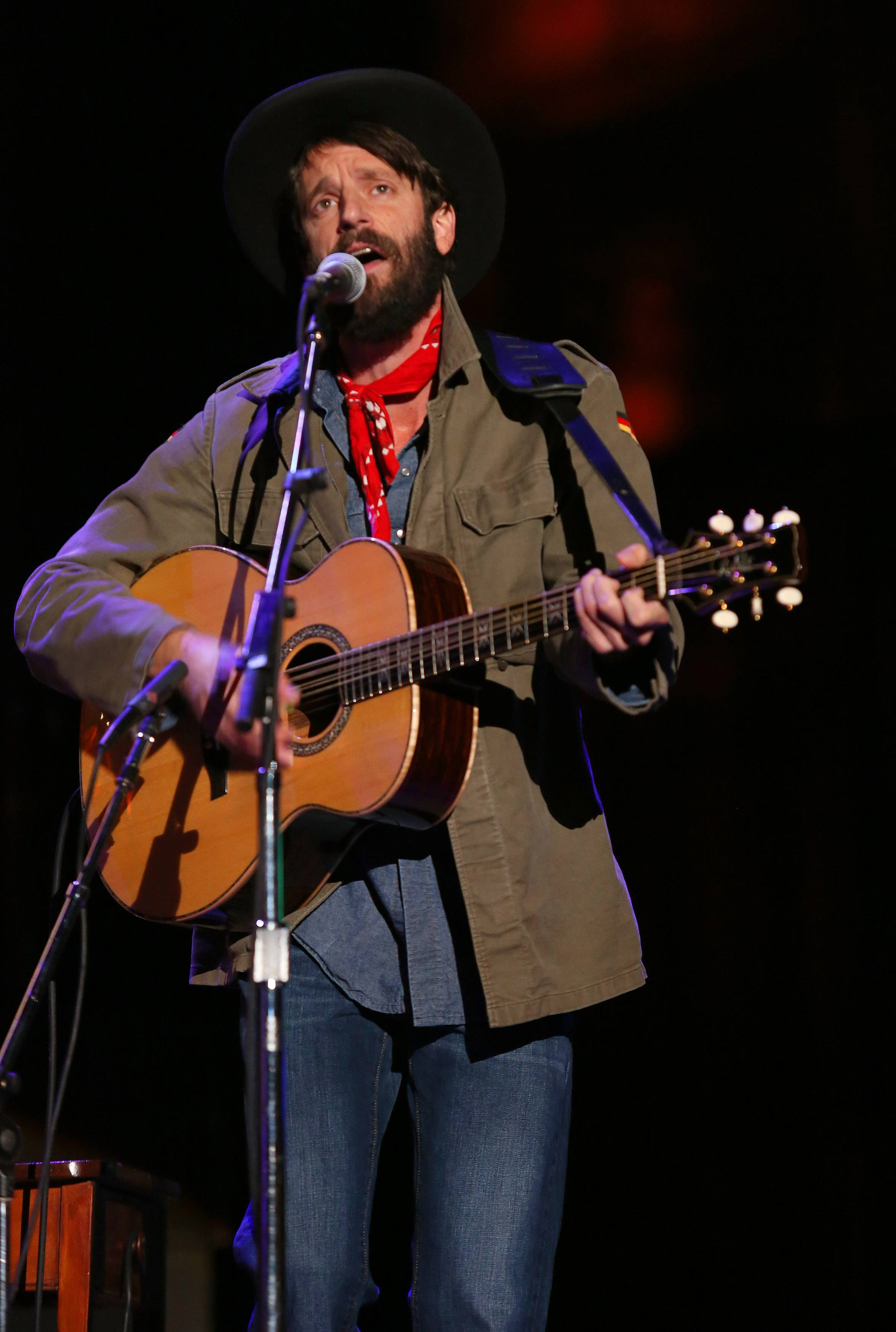"Ray LaMontagne, known for his acoustical ballads, let the songs for his new album, ""Supernova,"" released last Tuesday, lead him to a whole new sonic palate reminiscent of 1960s psychedelic rock."