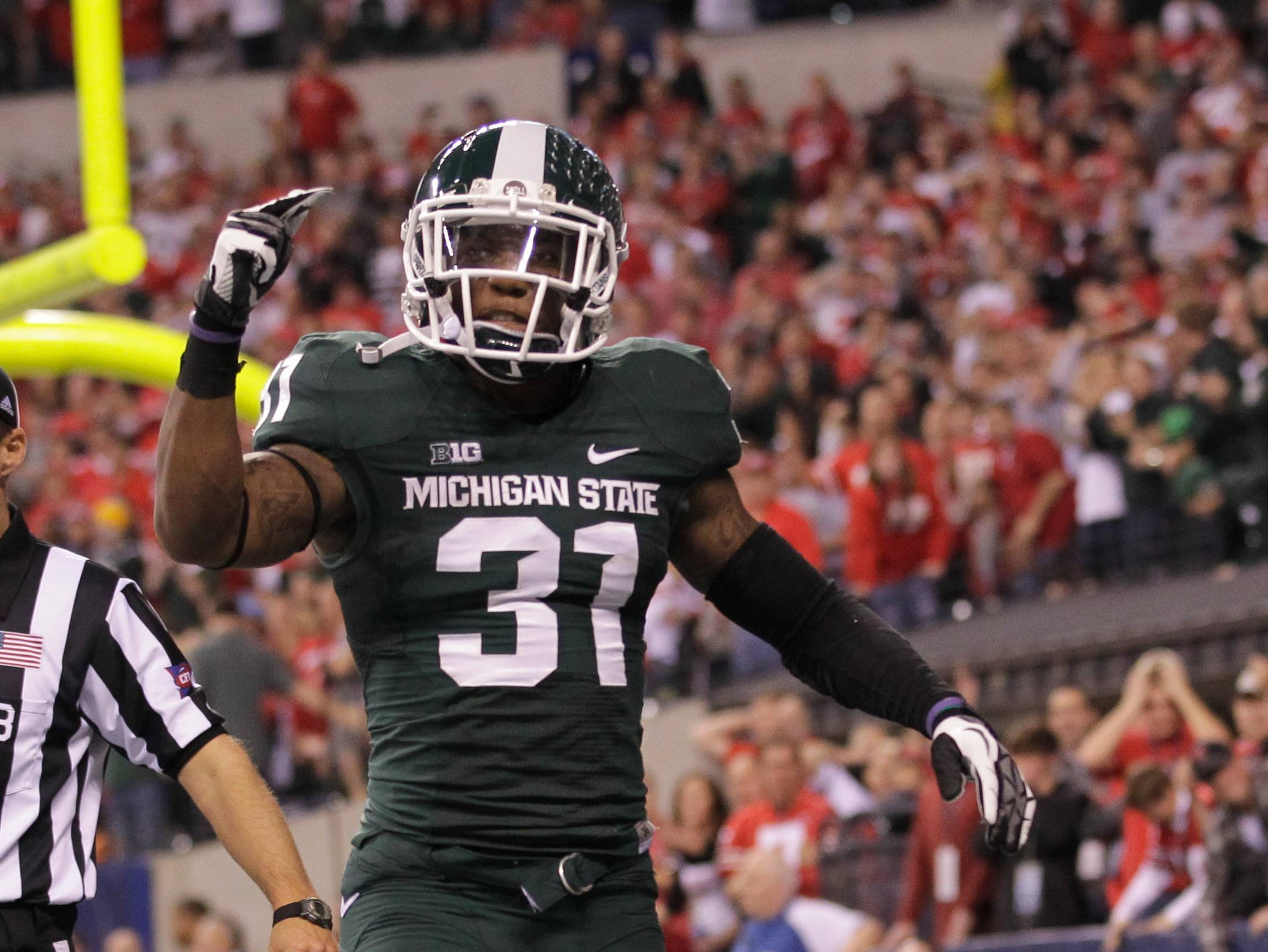 Michigan State's Darqueze Dennard (31) is considered to be one of the top two cornerback prospects available in the NFL draft.