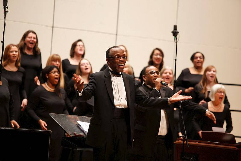 College of Lake County music department professor Charles Clency is retiring and will lead his final spring choral concert Friday night at the G