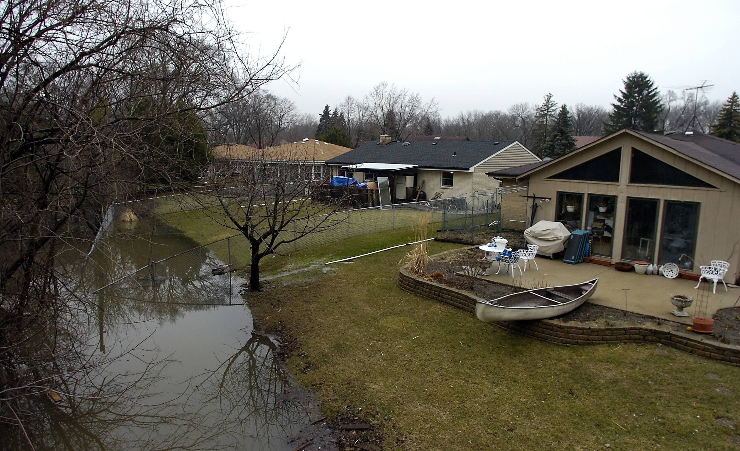A total of 21 homes that regularly experience flooding in Des Plaines, including some on Big Bend Drive, are eligible to be bought out as part of a Federal Emergency Management Agency program.