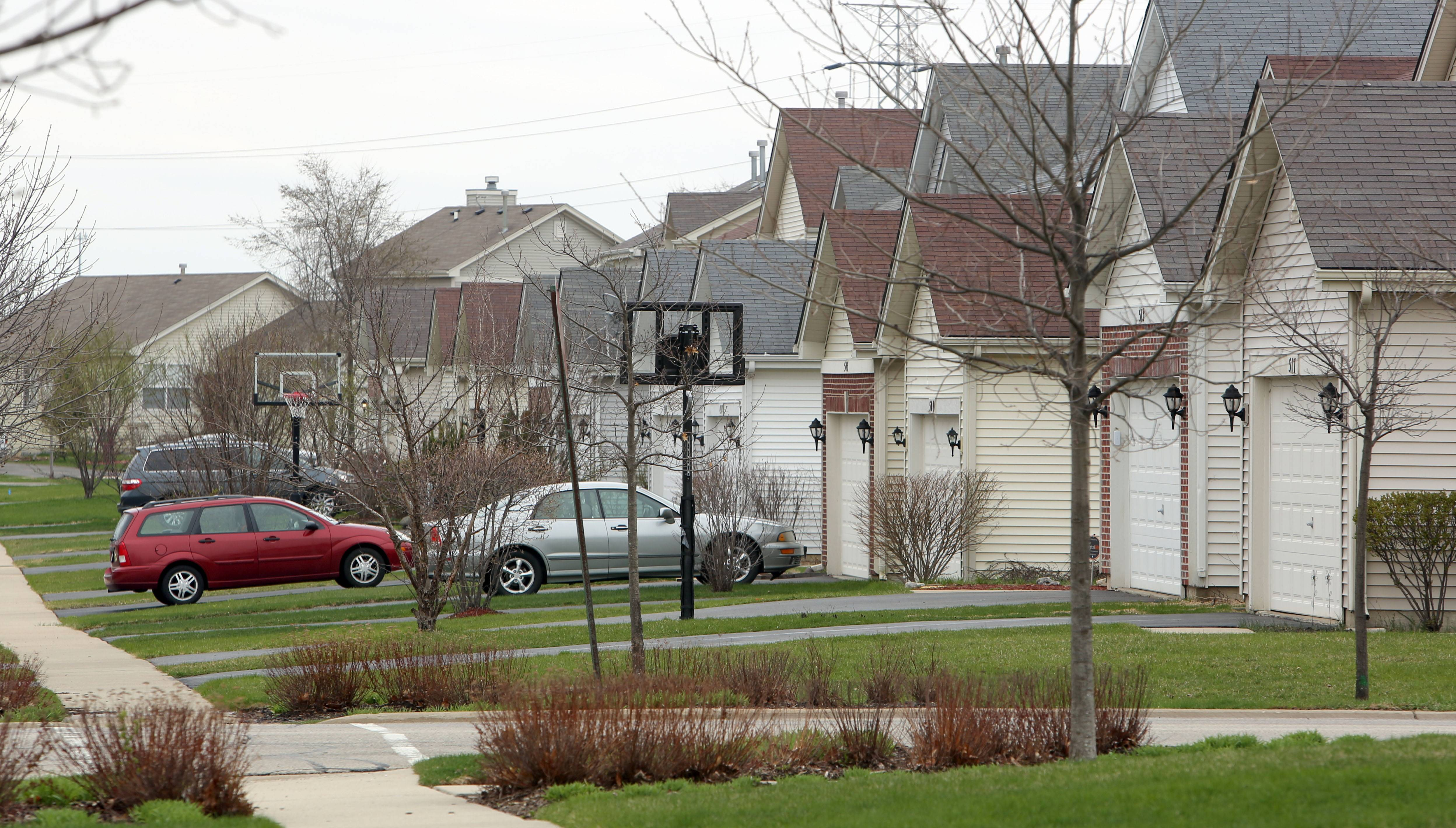 Homes along Hamlin Lane in Round Lake are typical of those found in Lakewood Grove.