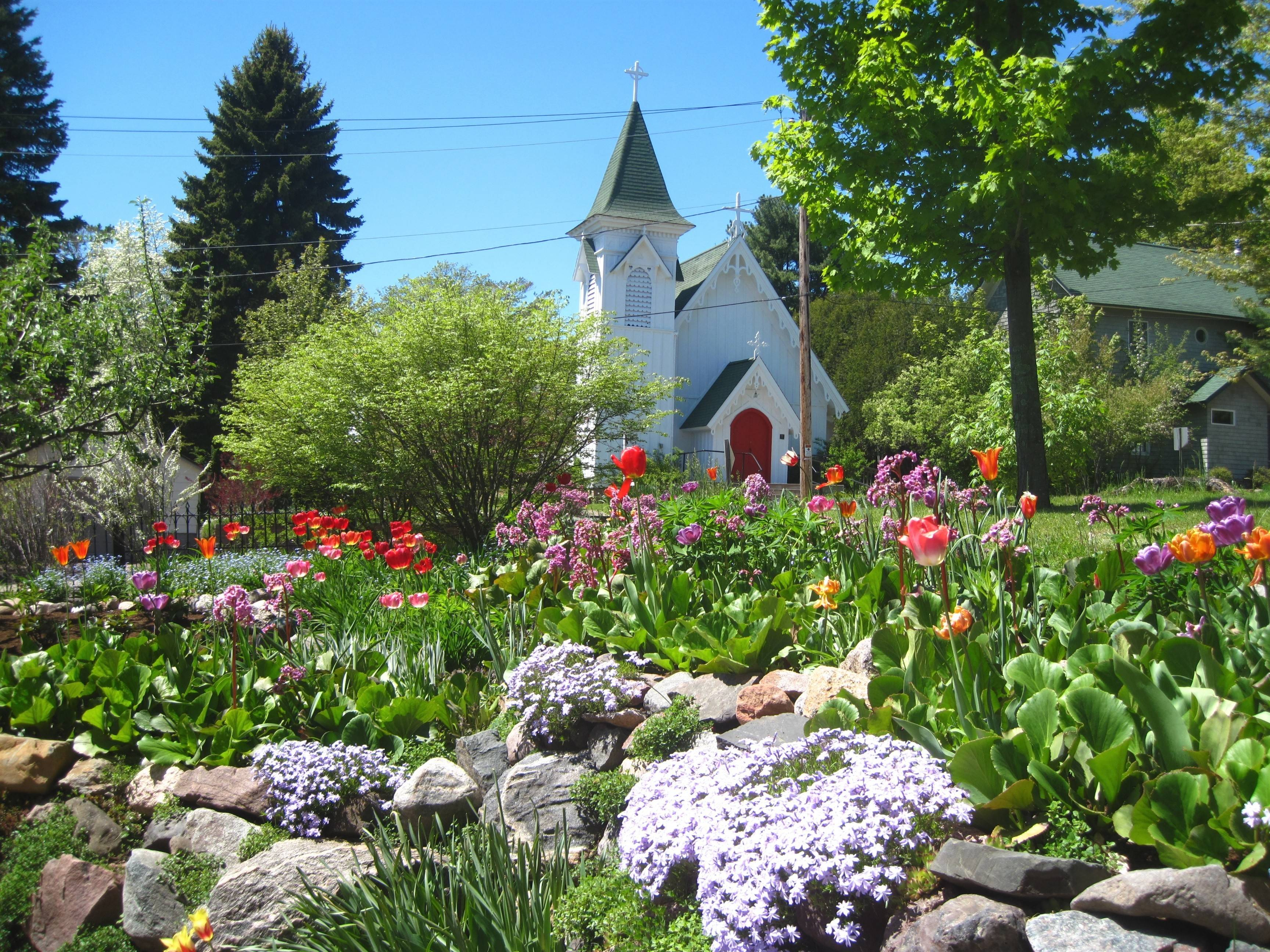 Wisconsin's 12th annual Bayfield in Bloom takes place May 16-June 15.