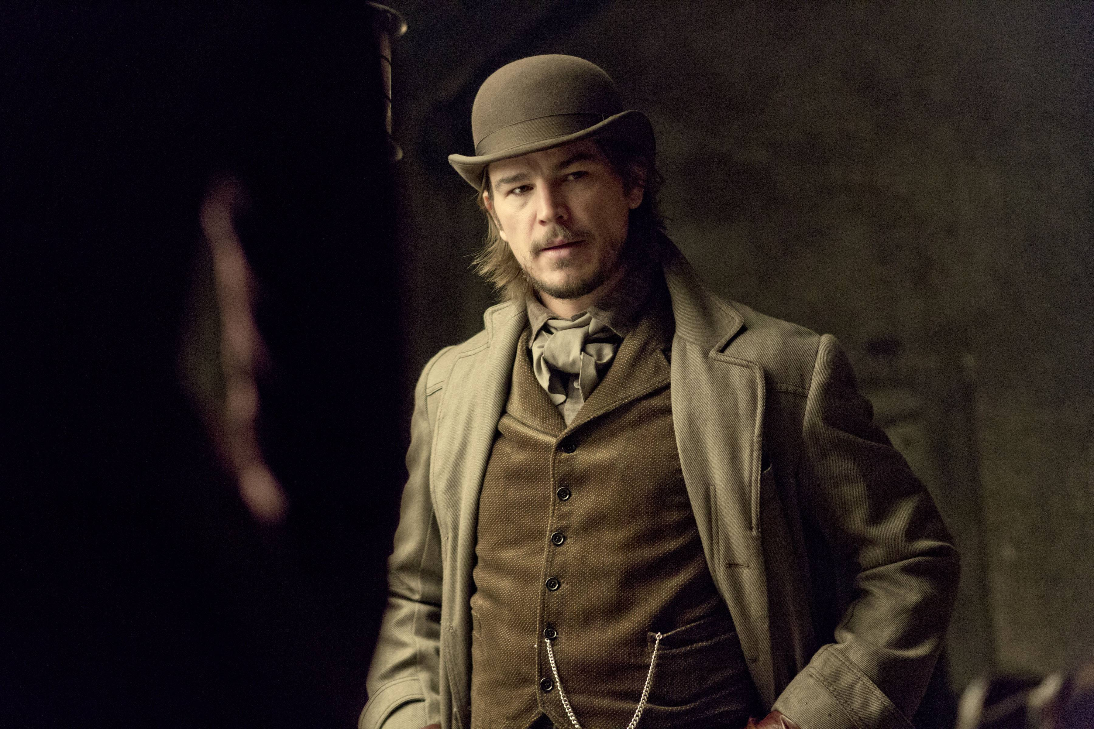 "Ethan Chandler (Josh Hartnett) is a troubled American, a gun for hire, ensnared by Victorian London's dark side in the horror drama-cum-psychological study ""Penny Dreadful,"" premiering Sunday, May 11, on Showtime."