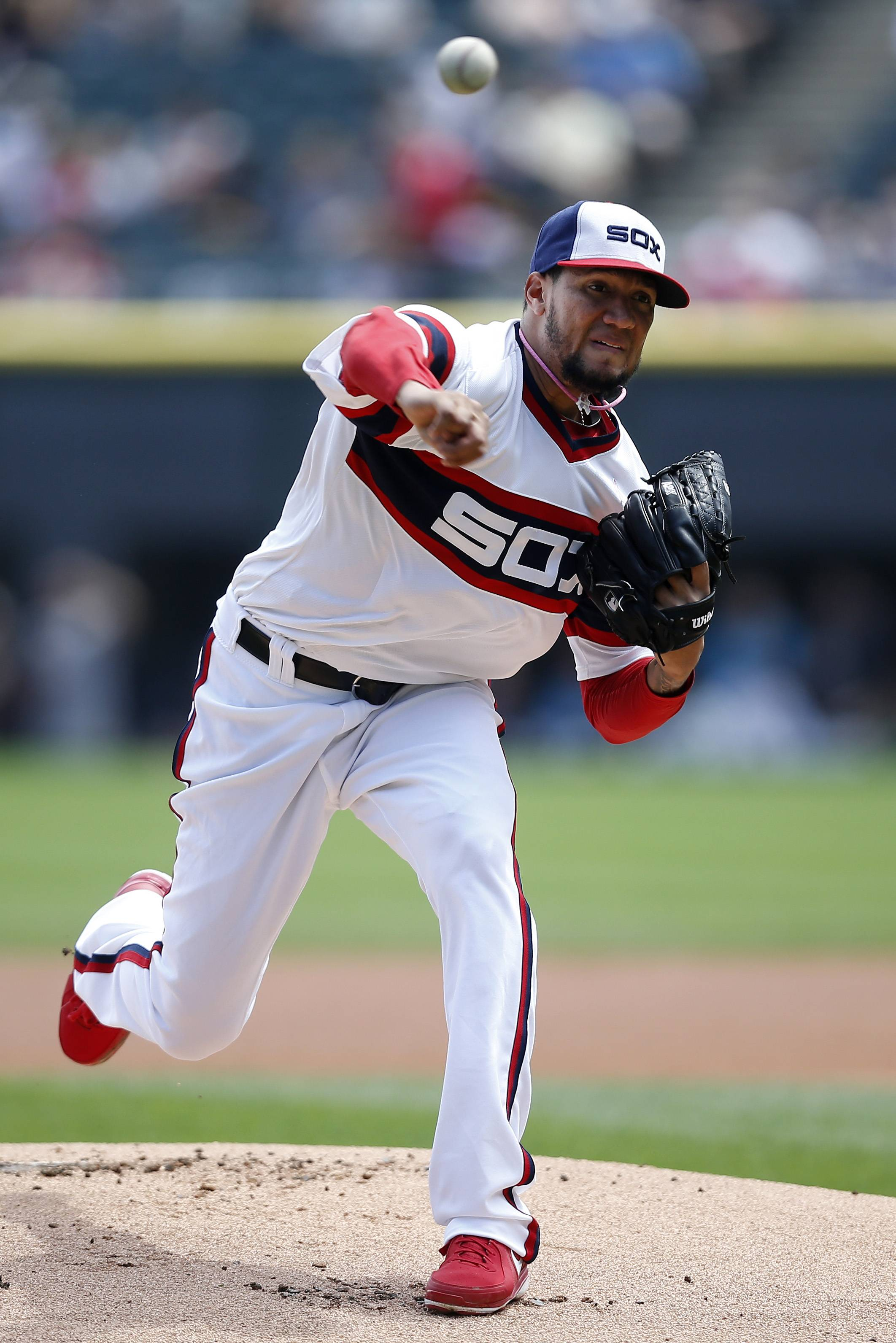 Hector Noesi, who began the season in the bullpen, delivered a quality start Sunday against the Diamondbacks at U.S. Cellular Field.