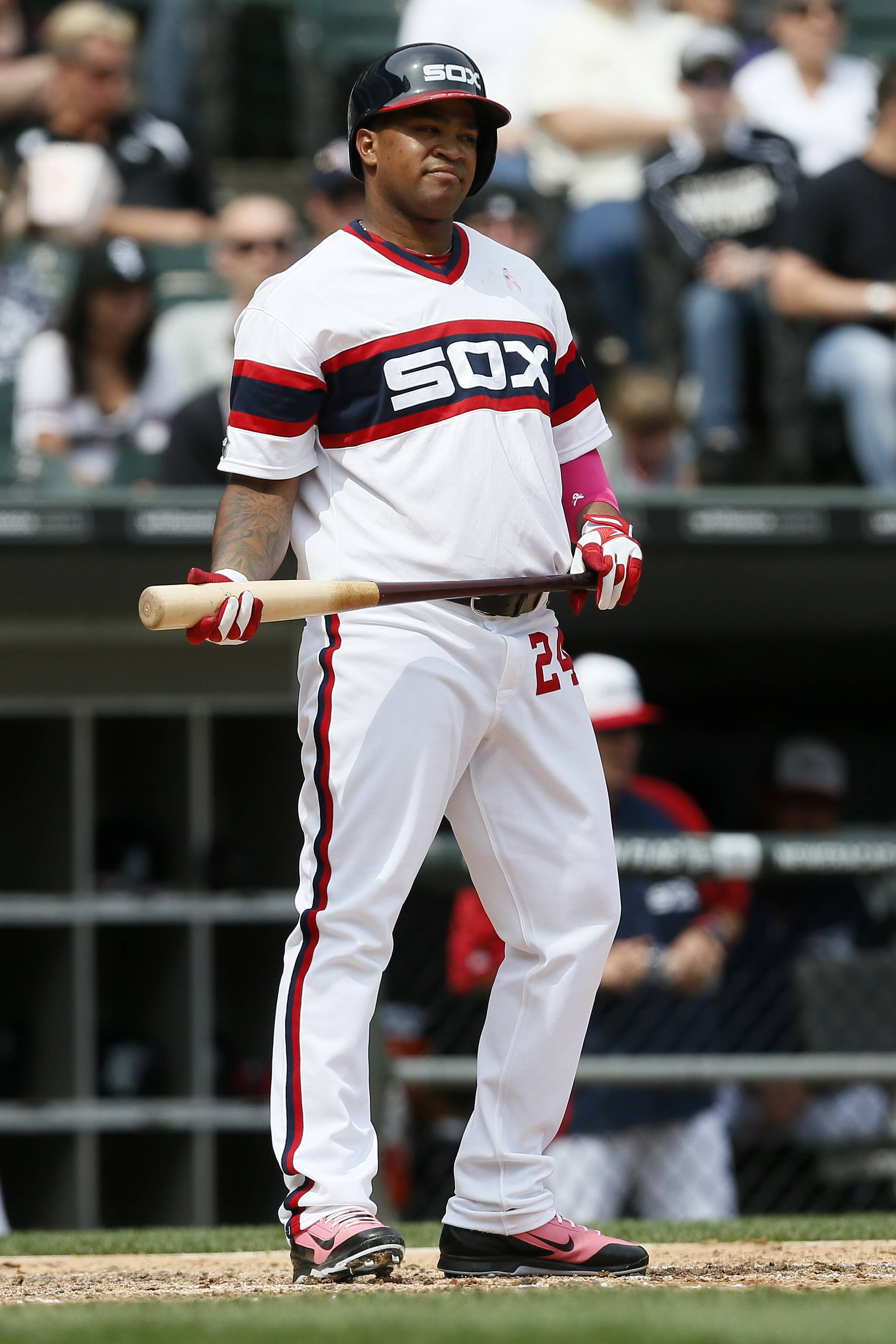 White Sox outfielder Dayan Viciedo reacts to striking out Sunday against Diamondbacks starter Chase Anderson, who was making his major-league debut.