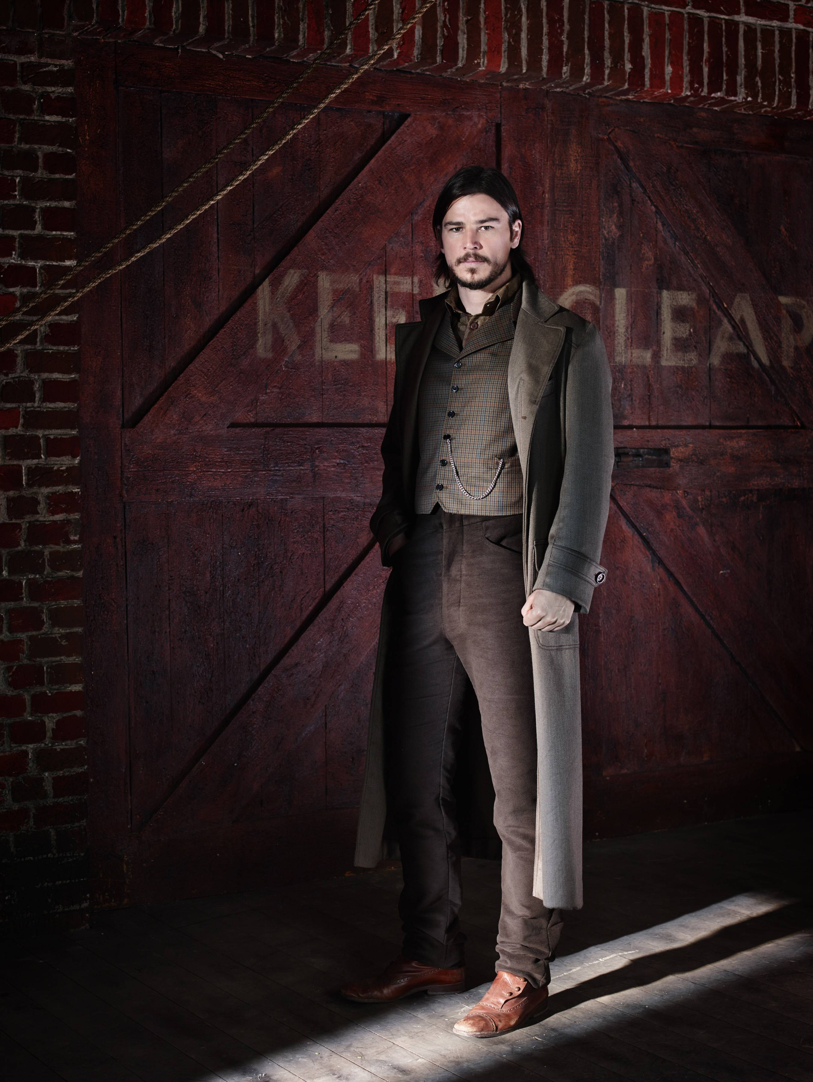 "Josh Hartnett jumped at the chance to play Ethan Chandler in Showtime's new ""Penny Dreadful."""