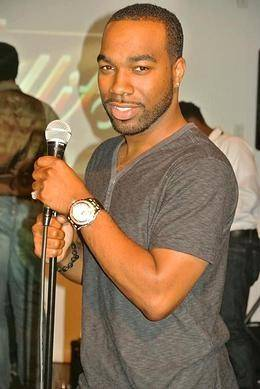 "Comedian Guerterrius ""T. Murph"" Jackson, of Downers Grove, will appear on BET's ""Comic View.""-"