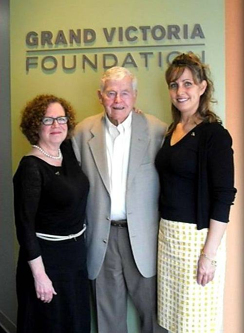 Nancy Fishman, executive director of the Grand Victoria Foundation with Jack Shales and Jennifer Rakow, United Way board member and 2013-14 campaign chair.