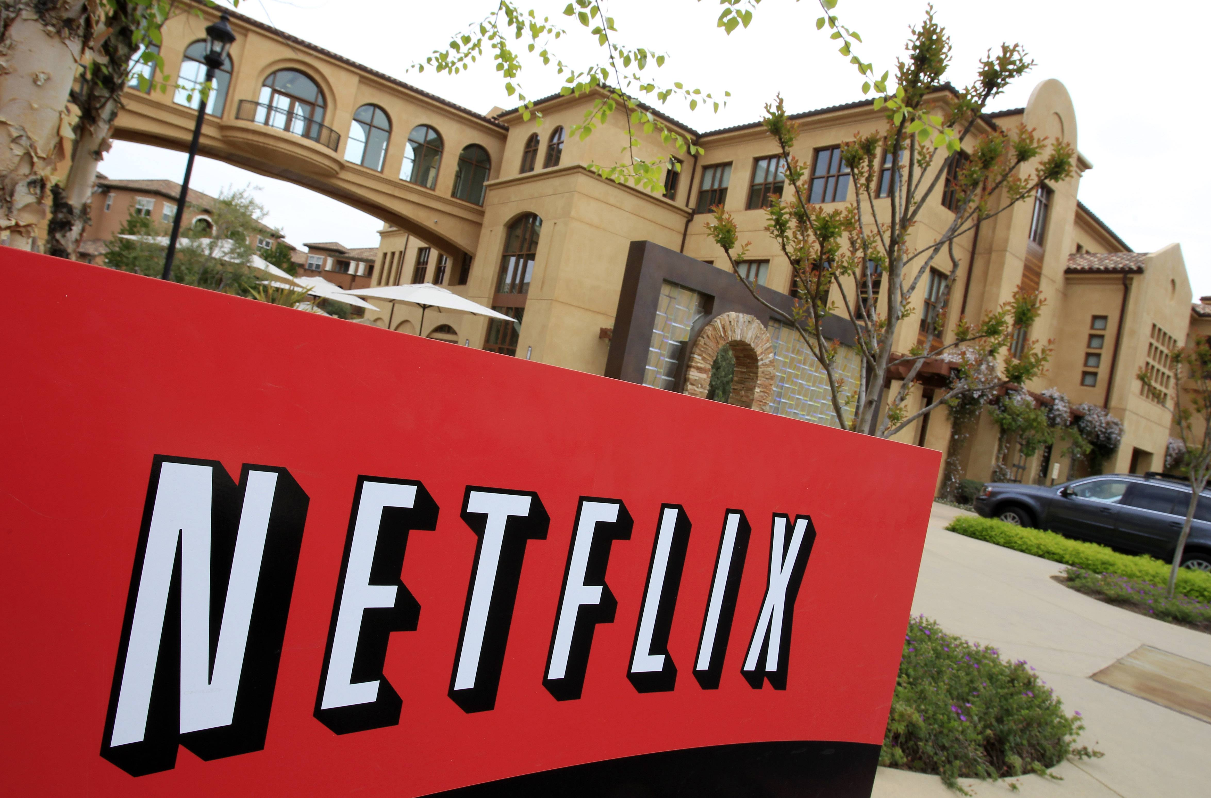 Netflix increased its share of fixed-line Internet traffic in North America in the first half of 2014, accounting for 34 percent of data flowing to consumers during peak times, up from 32 percent in the latter half of 2013.