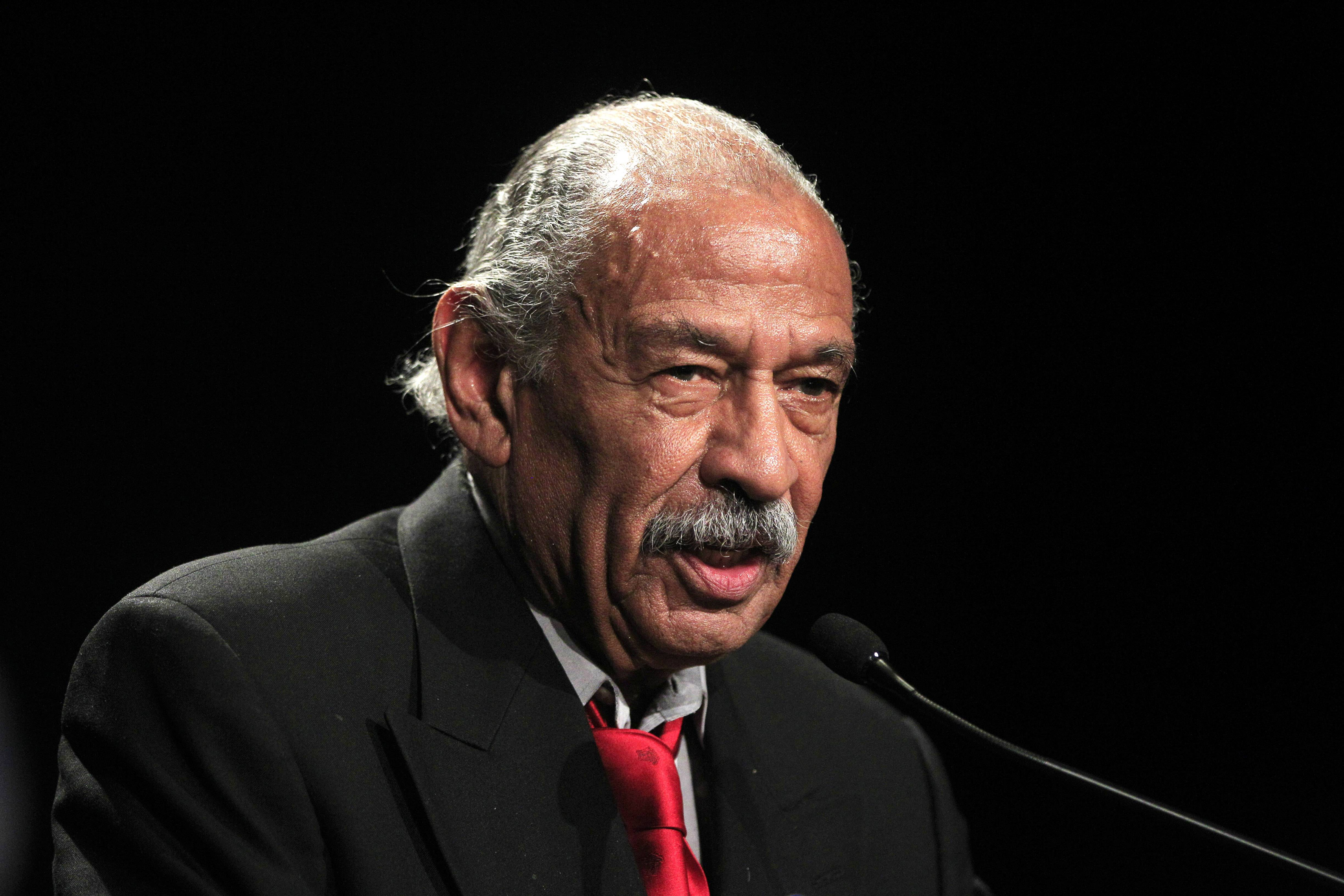 Longtime Congressman John Conyers of Michigan doesn't have enough signatures to appear on the Aug. 5 primary ballot, an elections official announced Tuesday.