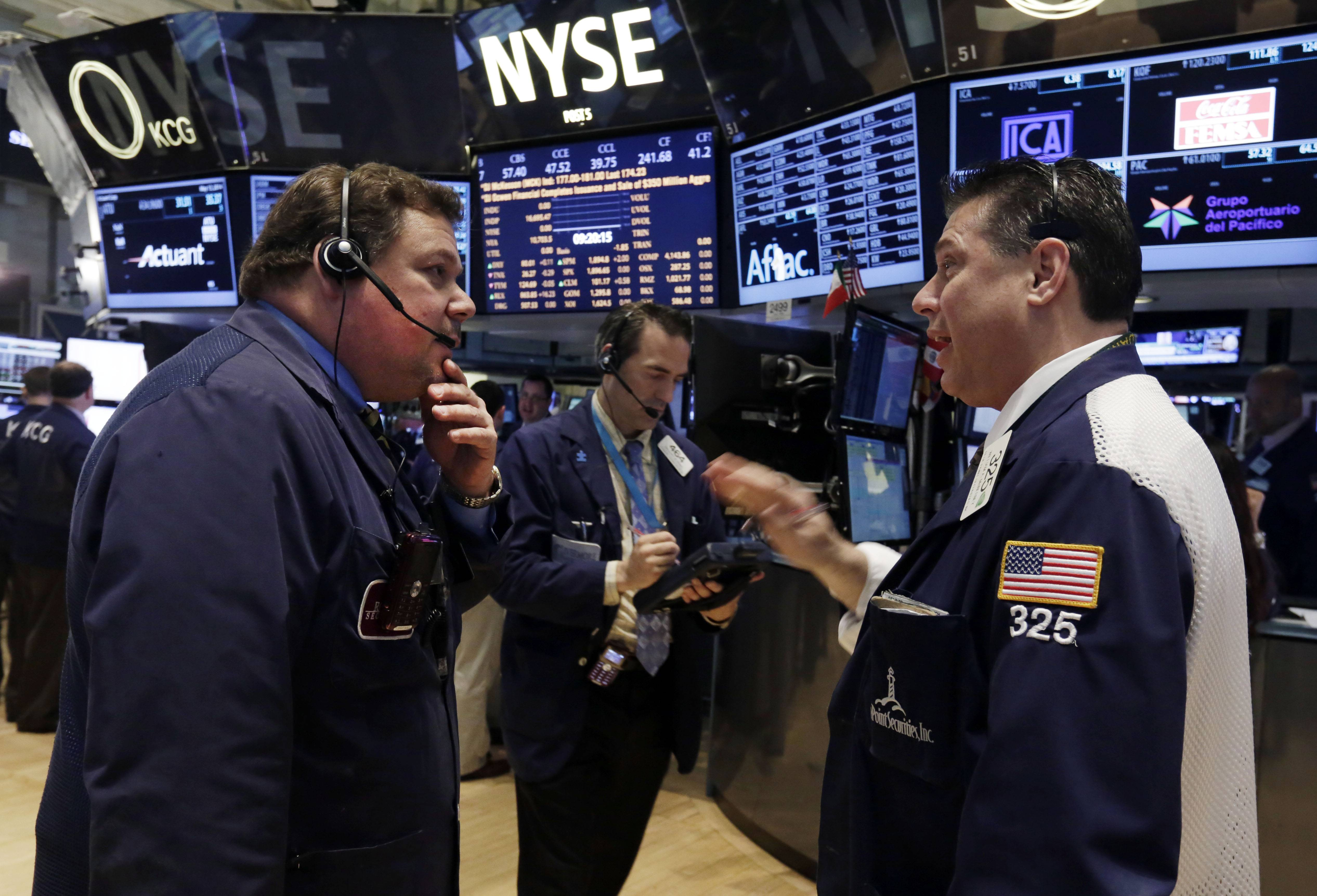 U.S. stocks fell Wednesday, sending benchmark indexes down from all-time highs, as investors resumed selling in small-cap and Internet shares.