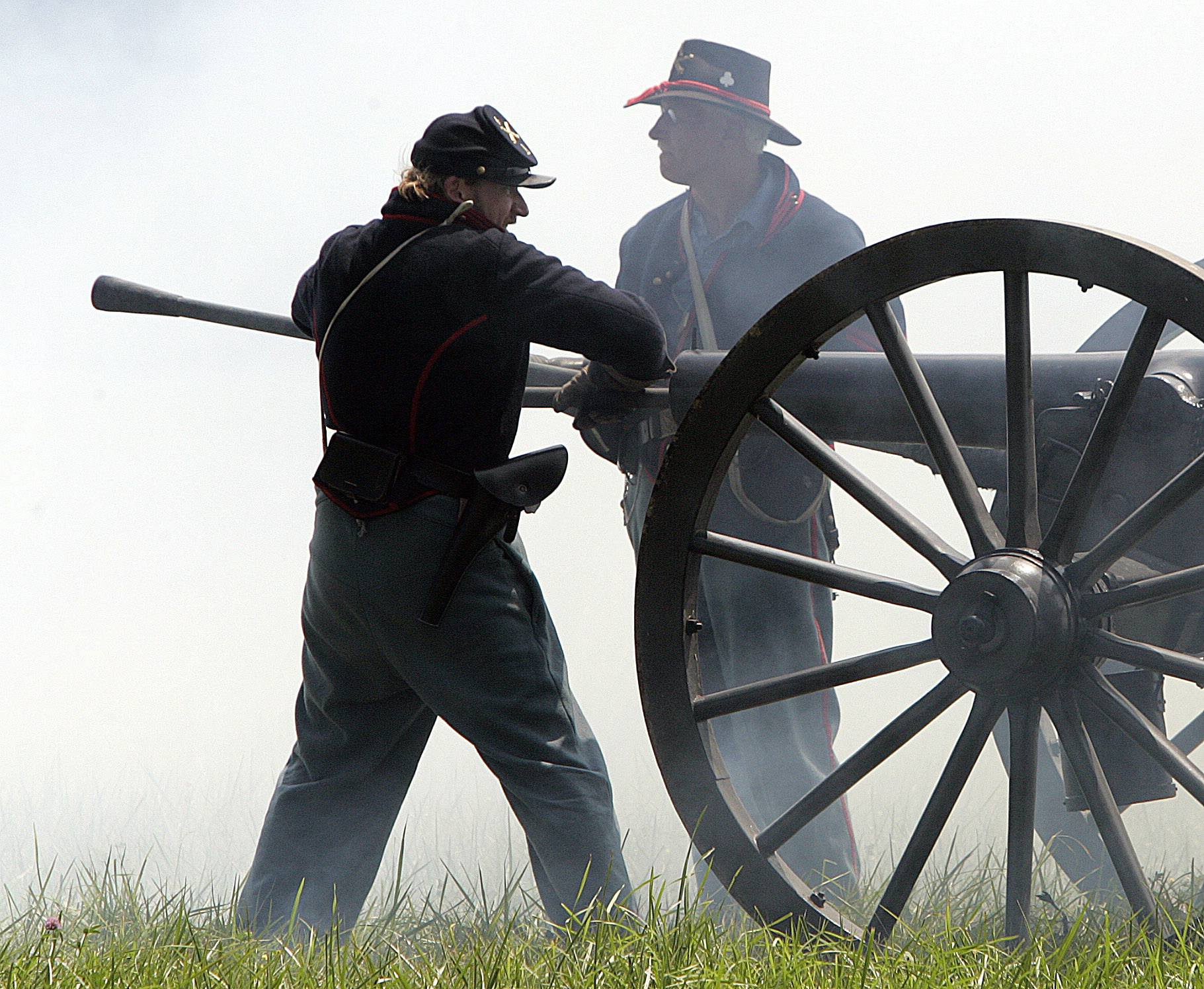 Civil War Days returns this weekend to Naper Settlement with mock battles on both Saturday and Sunday.