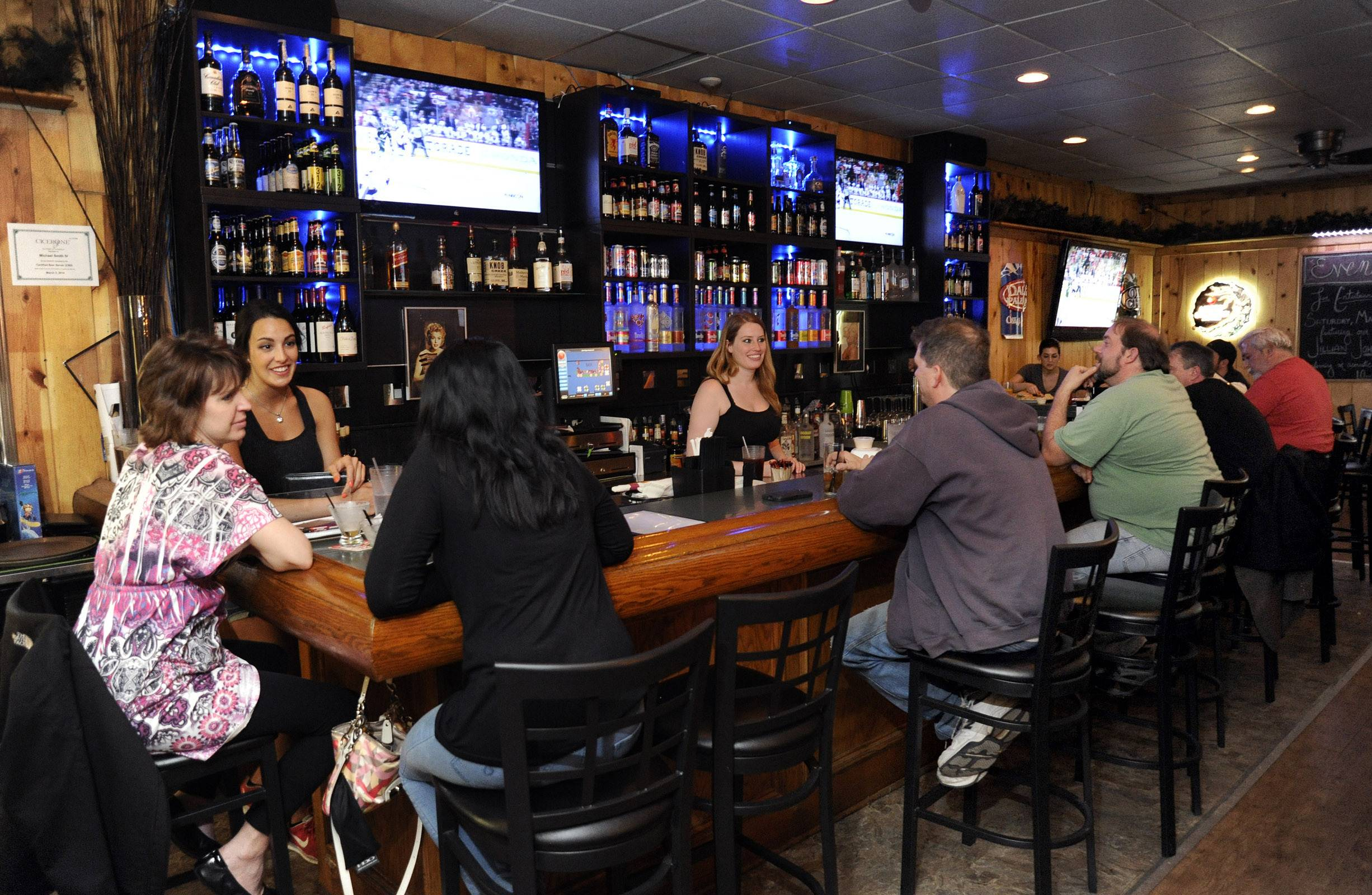 Beer, barbecue and ball games are among the draws at The Range Grill & Tap in Batavia.