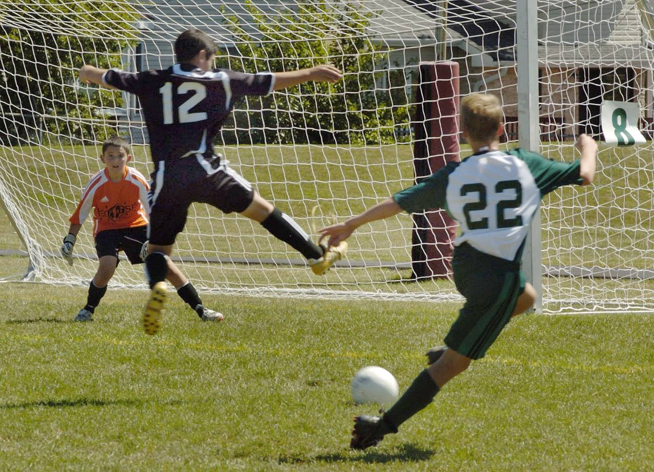 Palatine Township Elementary District 15 officials are considering whether to start interscholastic soccer at the district's four junior high schools.