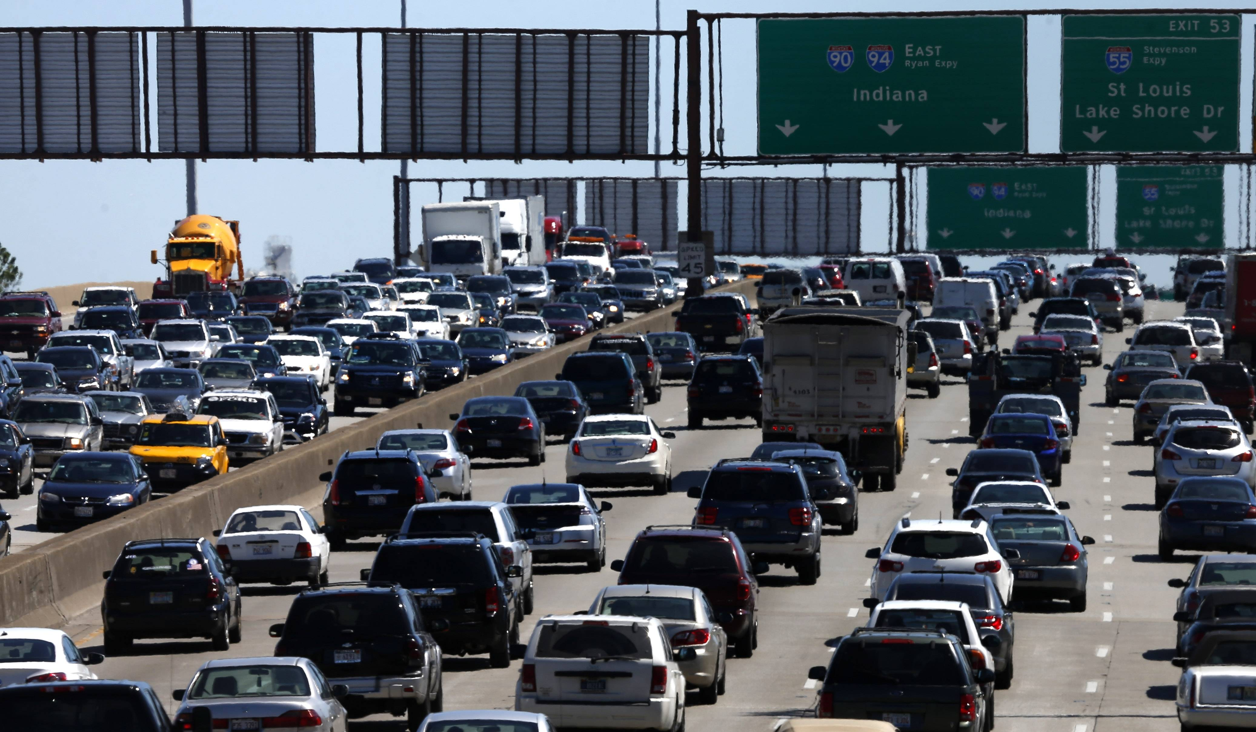 Auto club AAA said it expects a total of 36.1 million people to travel 50 miles or more this Memorial Day Weekend. If that estimate holds true, it would be the largest amount of people traveling during the holiday weekend since 2005.