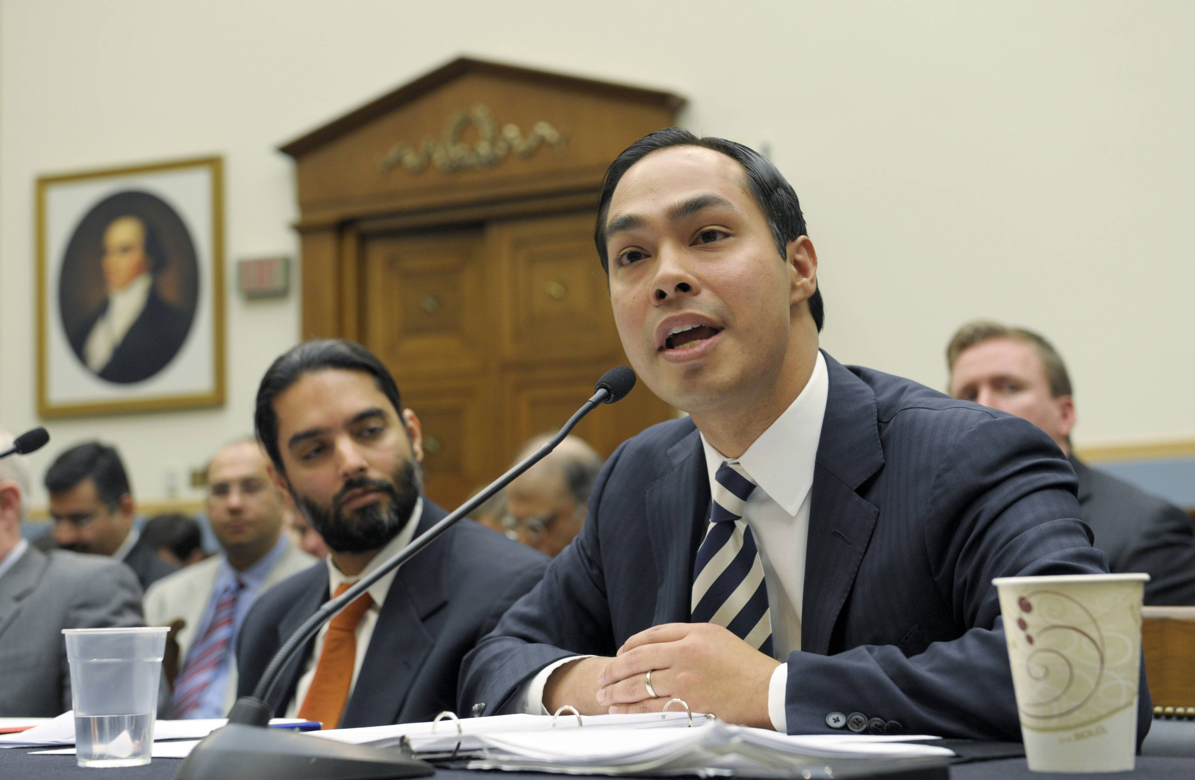 President Barack Obama's expected nomination of San Antonio, Texas, Mayor Julian Castro as secretary of Housing and Urban Development could test the 39-year-old's ability to navigate Washington.