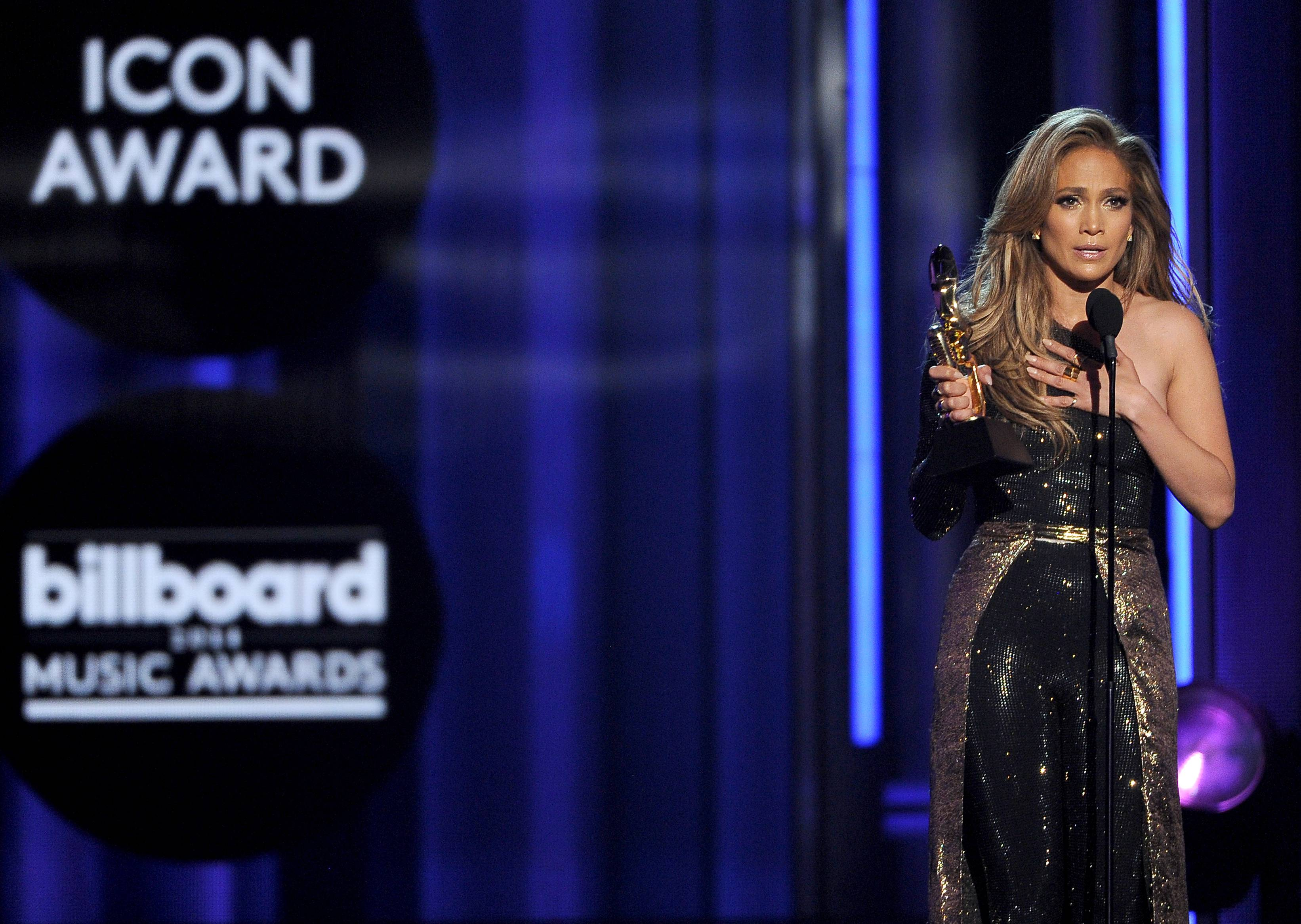 Jennifer Lopez accepts the icon award at the Billboard Music Awards at the MGM Grand Garden Arena on Sunday, May 18, 2014, in Las Vegas.