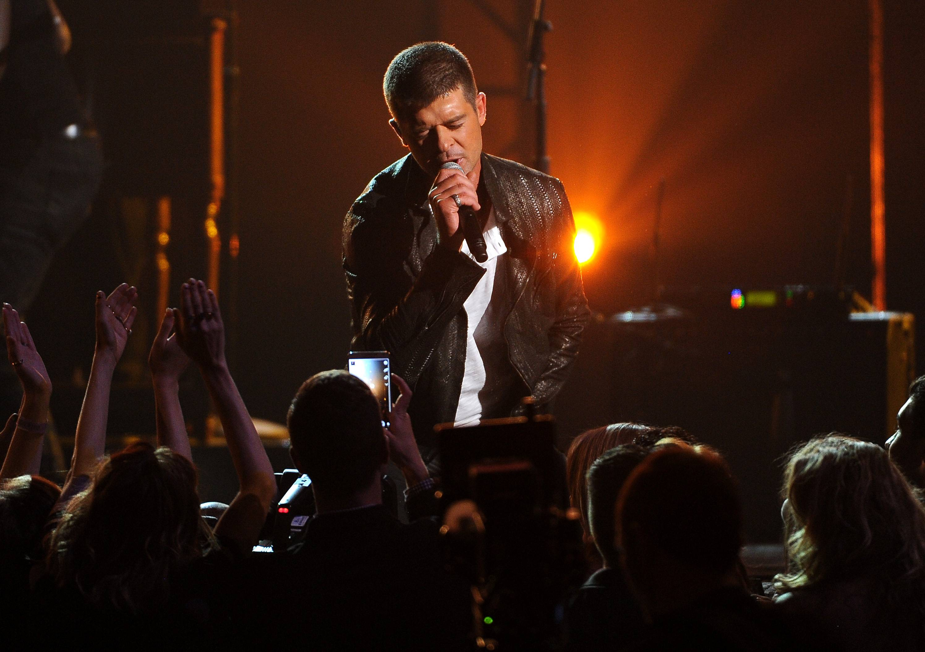 Robin Thicke performs on stage at the Billboard Music Awards at the MGM Grand Garden Arena on Sunday, May 18, 2014, in Las Vegas.