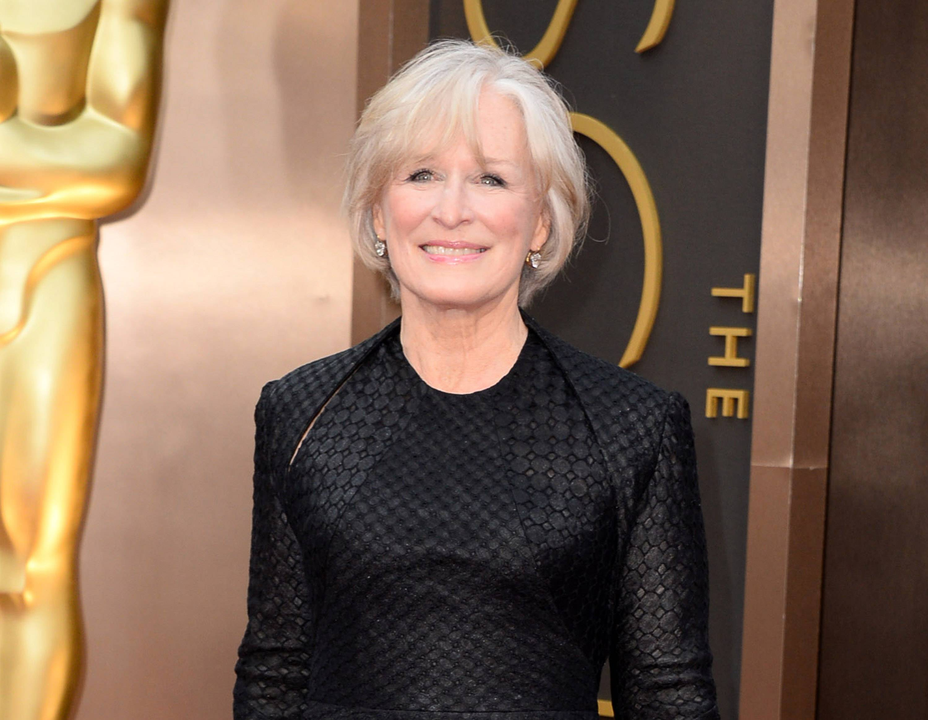 "Glenn Close will star with John Lithgow in a Broadway revival of Edward Albee's ""A Delicate Balance"" this fall. It will be directed by Pam MacKinnon, with previews beginning Oct. 20."