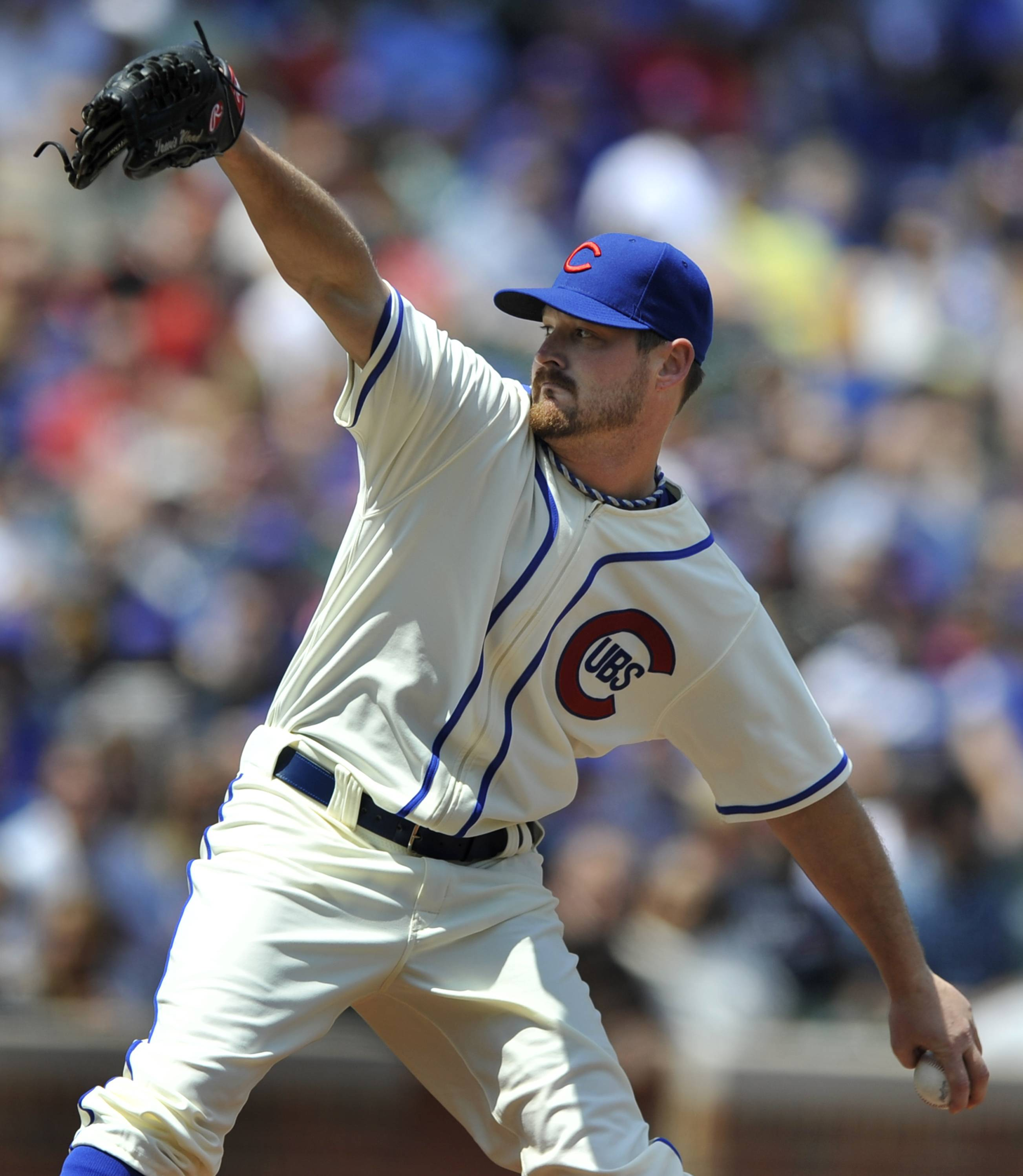 Cubs starter Travis Wood issued 3 walks in the first inning before finding his control. Wood evened his record at 4-4 and lowered his ERA from 4.91 to 4.61 as he allowed 2 runs and just 2 hits over 7 innings without another walk.
