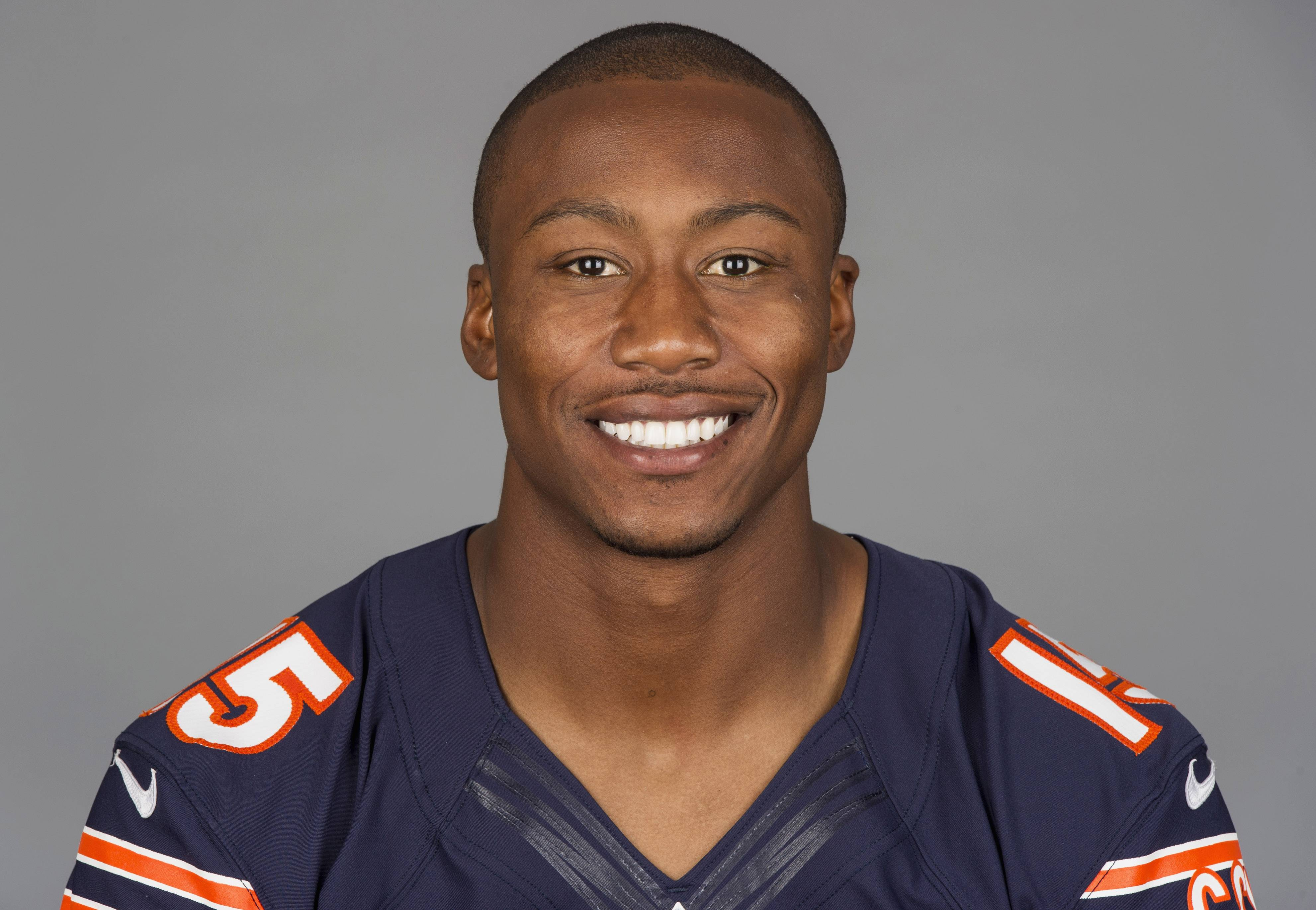 "Wide receiver Brandon Marshall, who has agreed on a new three-year contract extension with the Bears worth $30 million, would be a centerpiece on HBO's ""Hard Knocks."""