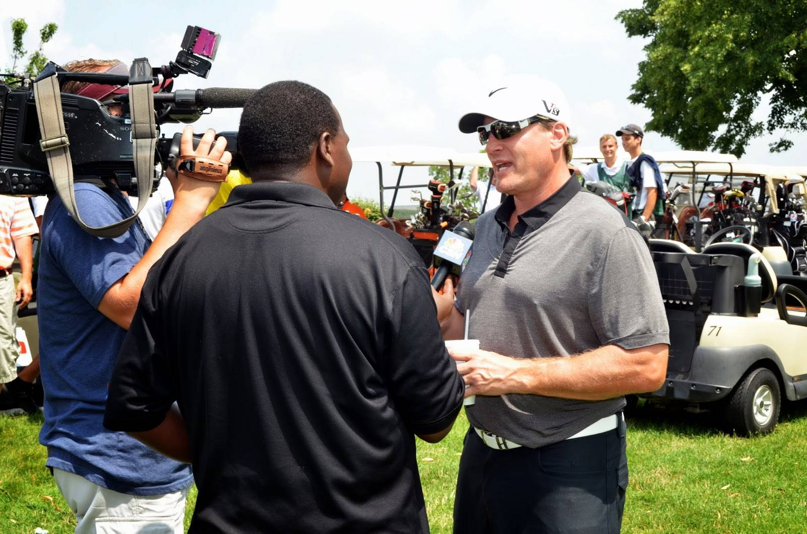 Blackhawk great Jeremy Roenick, honorary chairman of the Special Kids Network annual golf tournament is interviewed during last year's event  Jeremy Roenick
