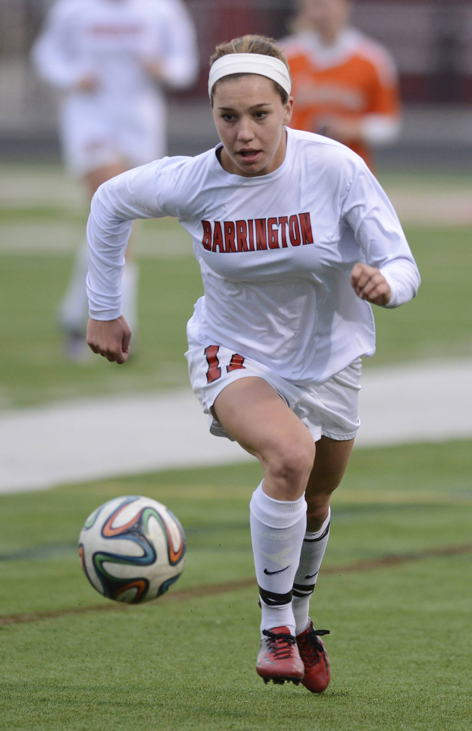 Barrington's Jenna Szczesny advances the ball upfield during the Mid-Suburban League championship game. She has been named Gatorade's girls soccer player of the year in Illinois.