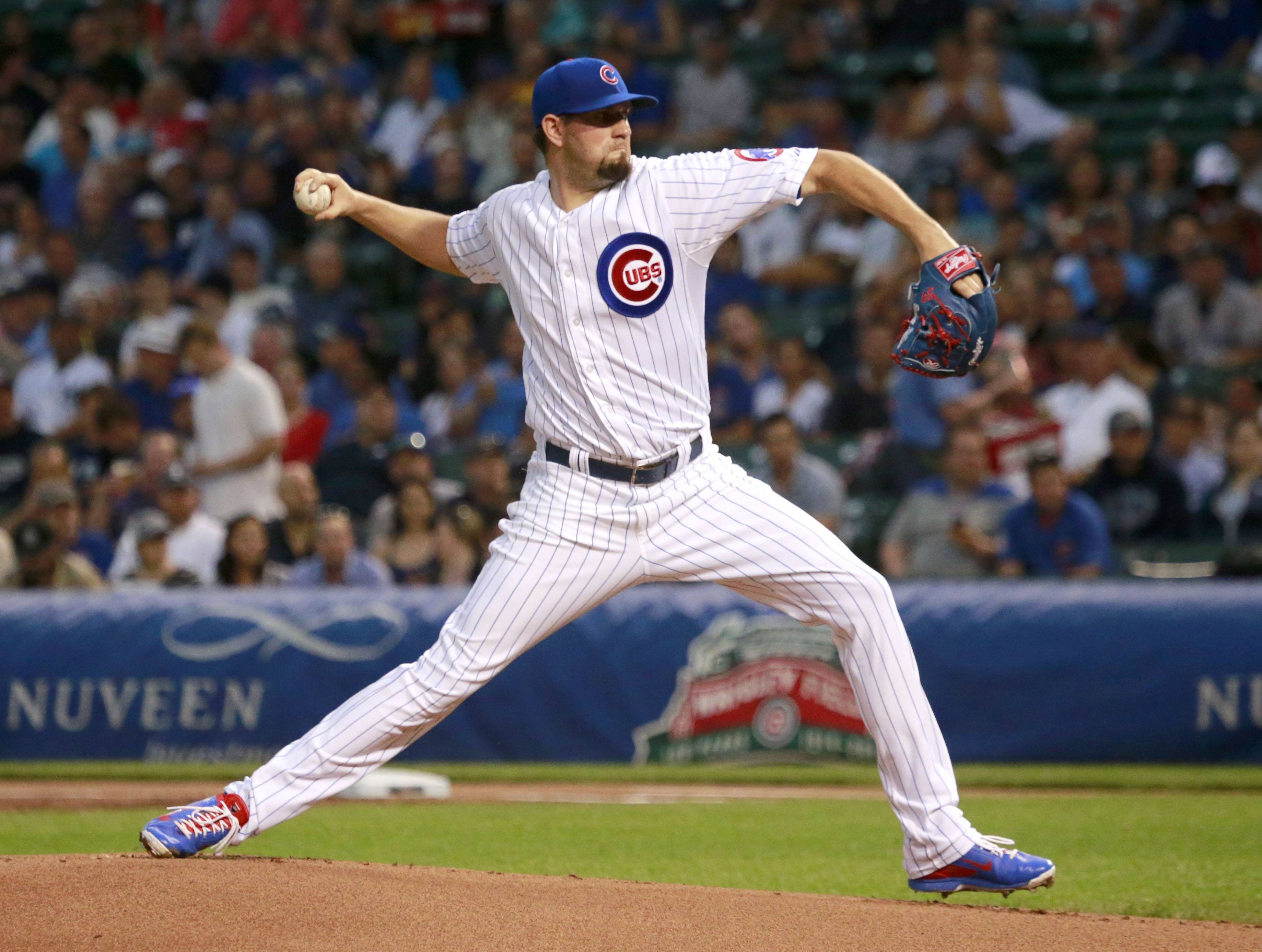 Chicago Cubs starting pitcher Jason Hammel delivers during the first inning of an interleague  baseball game against the New York Yankees on Tuesday, May 20, 2014, in Chicago.