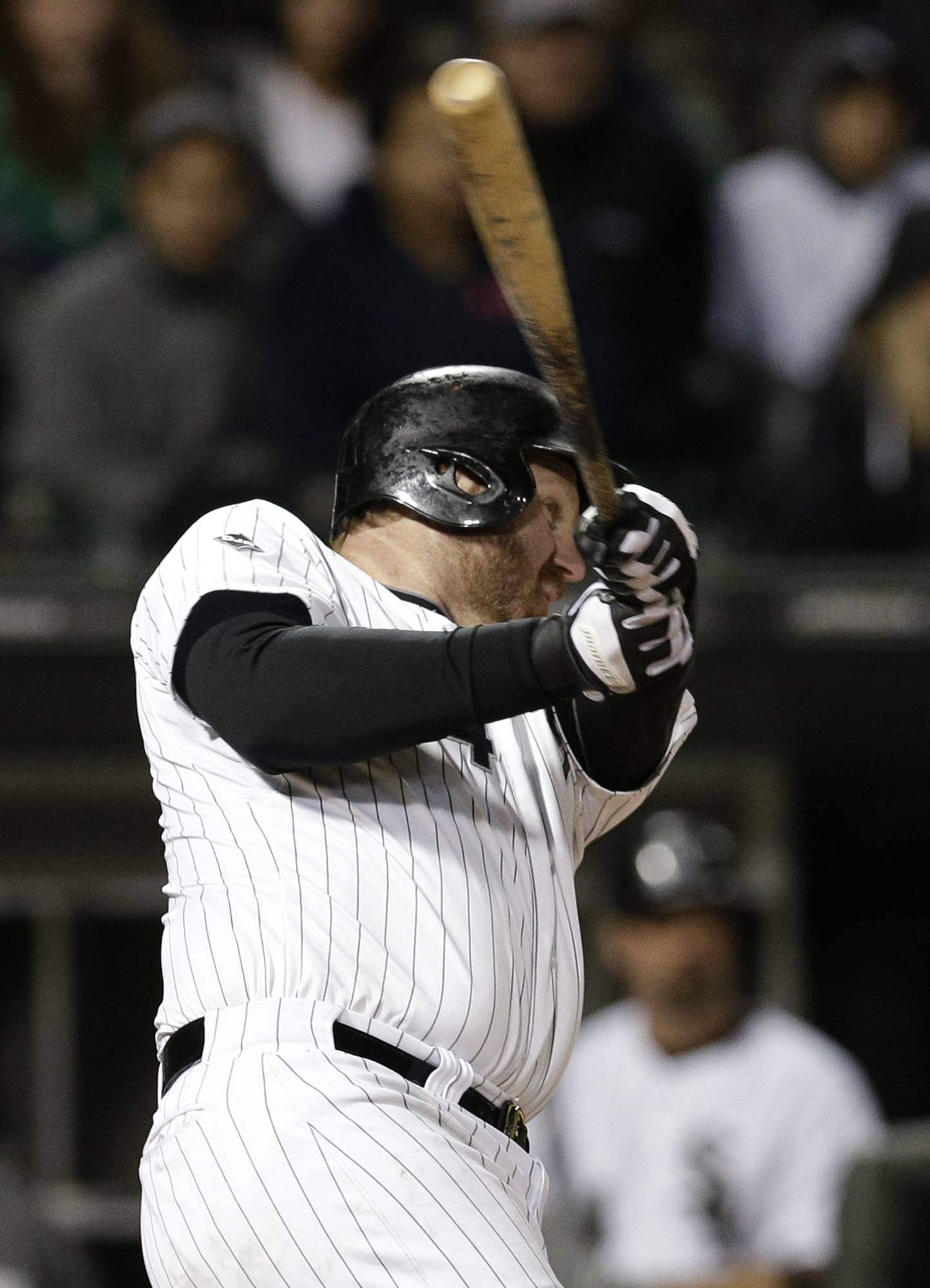 Adam Dunn goes deep for a two-run, game-winning homer off David Robertson in the ninth inning, and the White Sox beat the New York Yankees 6-5 on Friday night.
