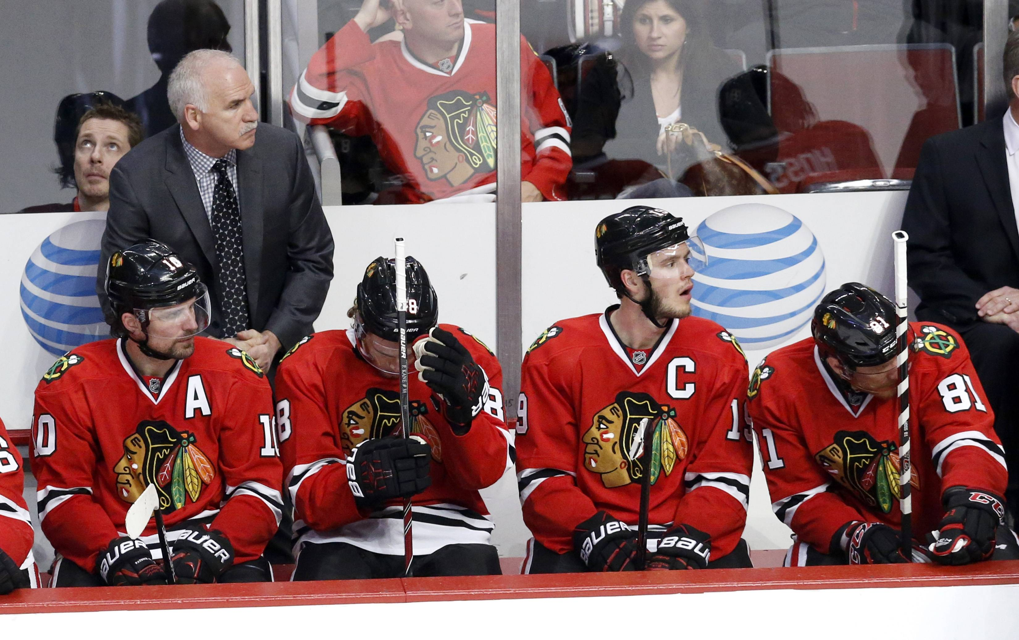 Coach Joel Quenneville and the Blackhawks look to bounce back from their 6-2 loss Wednesday when the series shifts to Los Angeles for Game 3 on Saturday night.