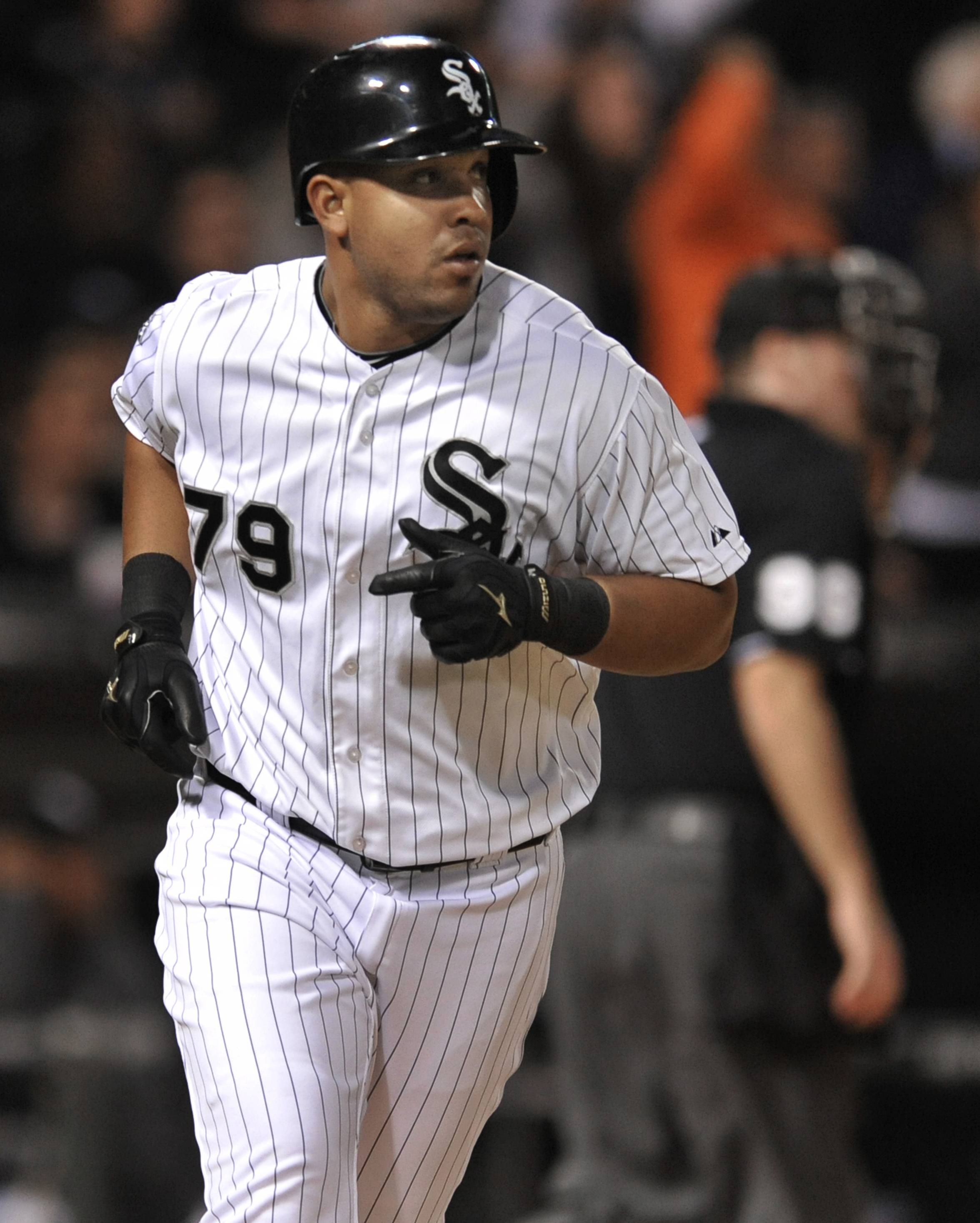 Injured first baseman Jose Abreu is more than eager to get back into the White Sox' lineup.