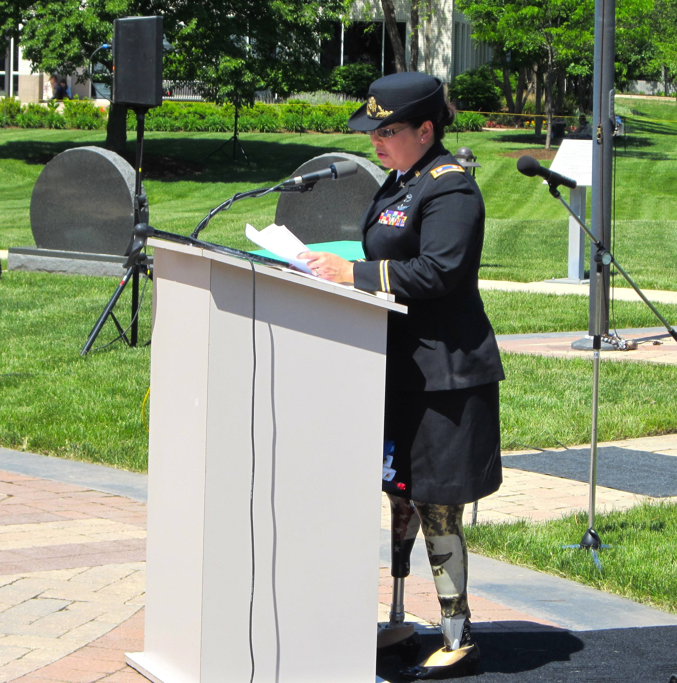 U.S. Rep. Tammy Duckworth, a veteran of the war in Iraq, delivers the keynote speech Sunday at the Veterans Memorial ceremony in Streamwood.