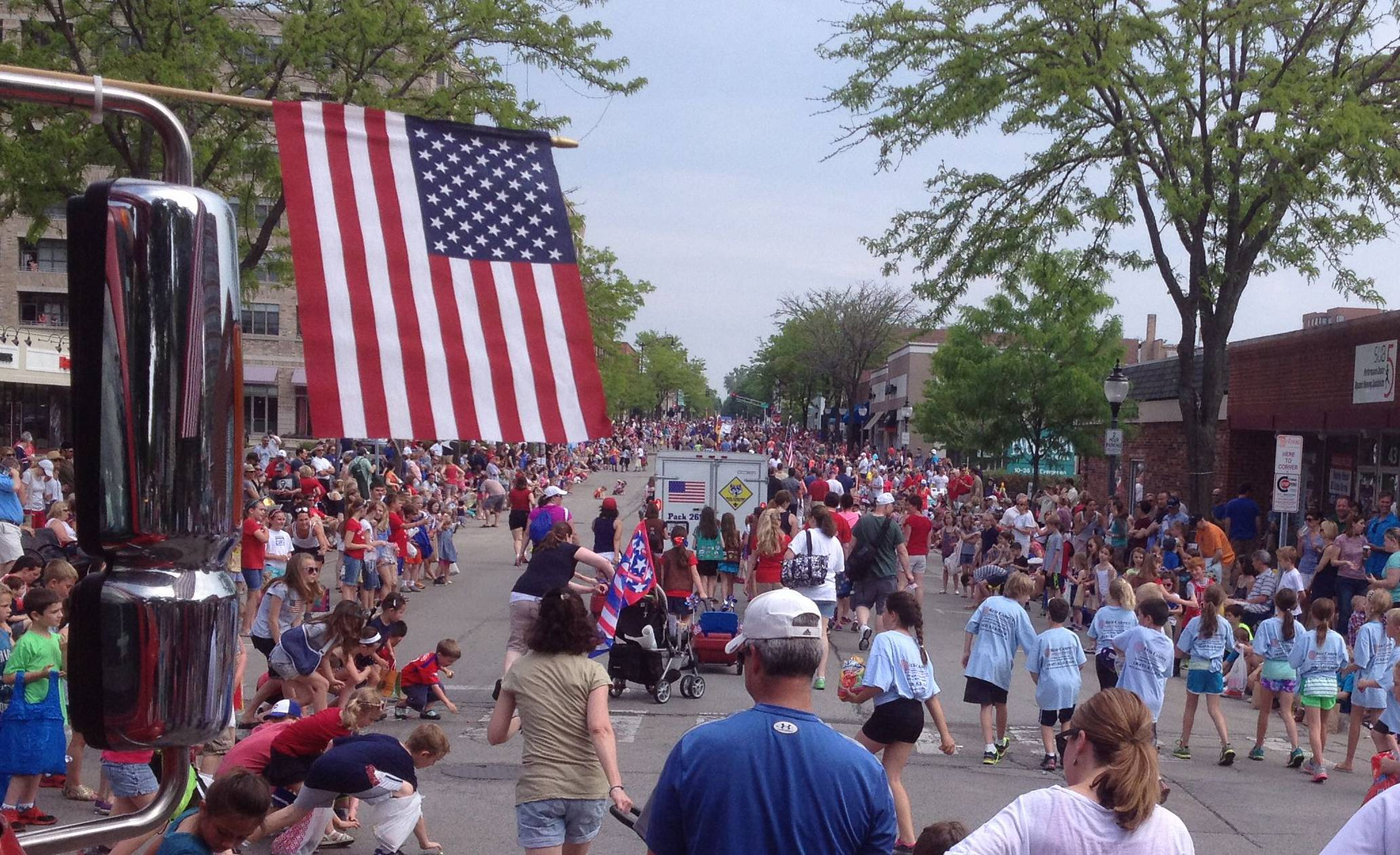 The Arlington Heights Memorial Day parade on Monday as it moves up Dunton Ave.