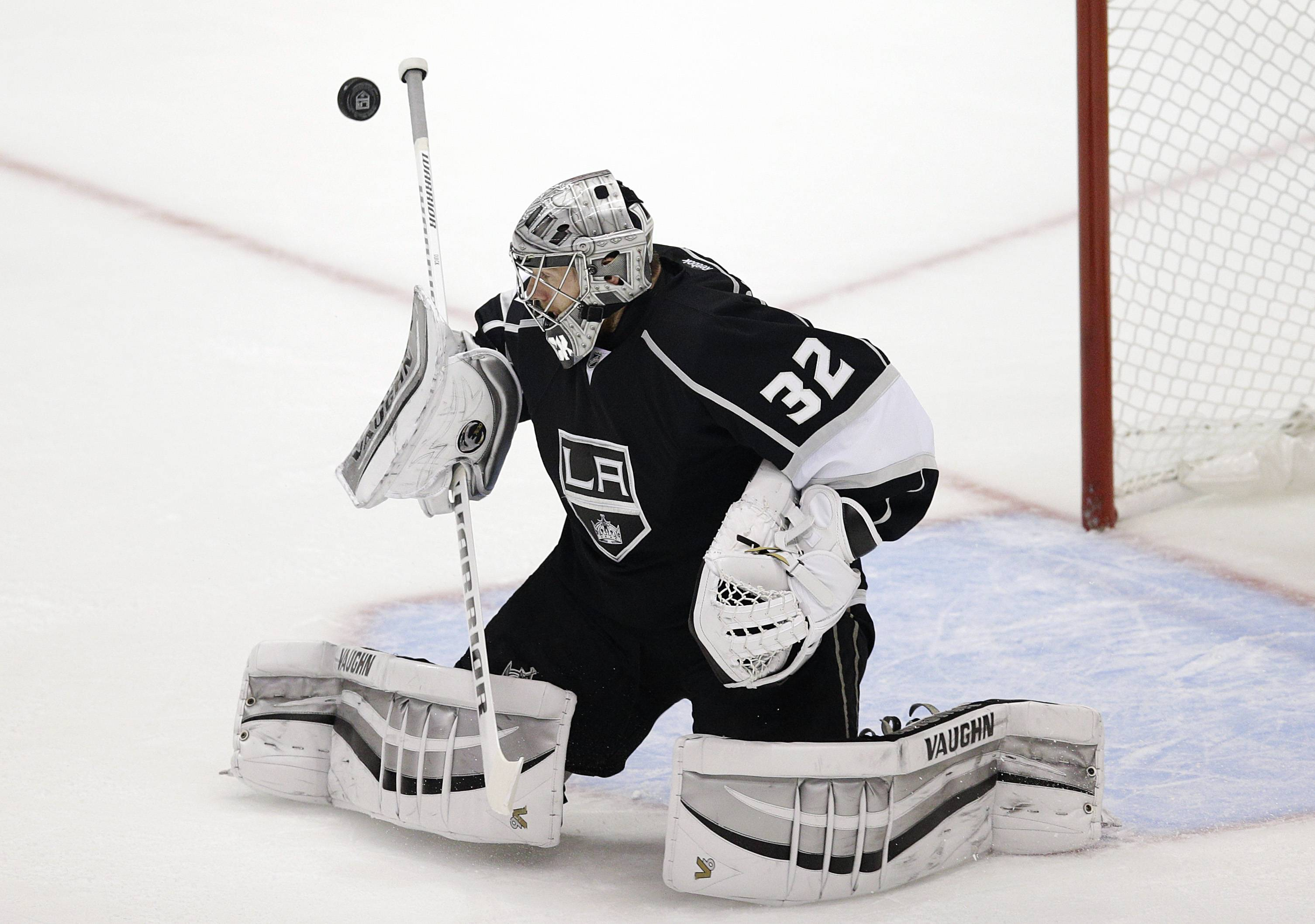 Los Angeles Kings goalie Jonathan Quick makes a save during the first period of Game 4 of the Western Conference finals of the NHL hockey Stanley Cup playoffs against the Chicago Blackhawks on Monday, May 26, 2014, in Los Angeles.