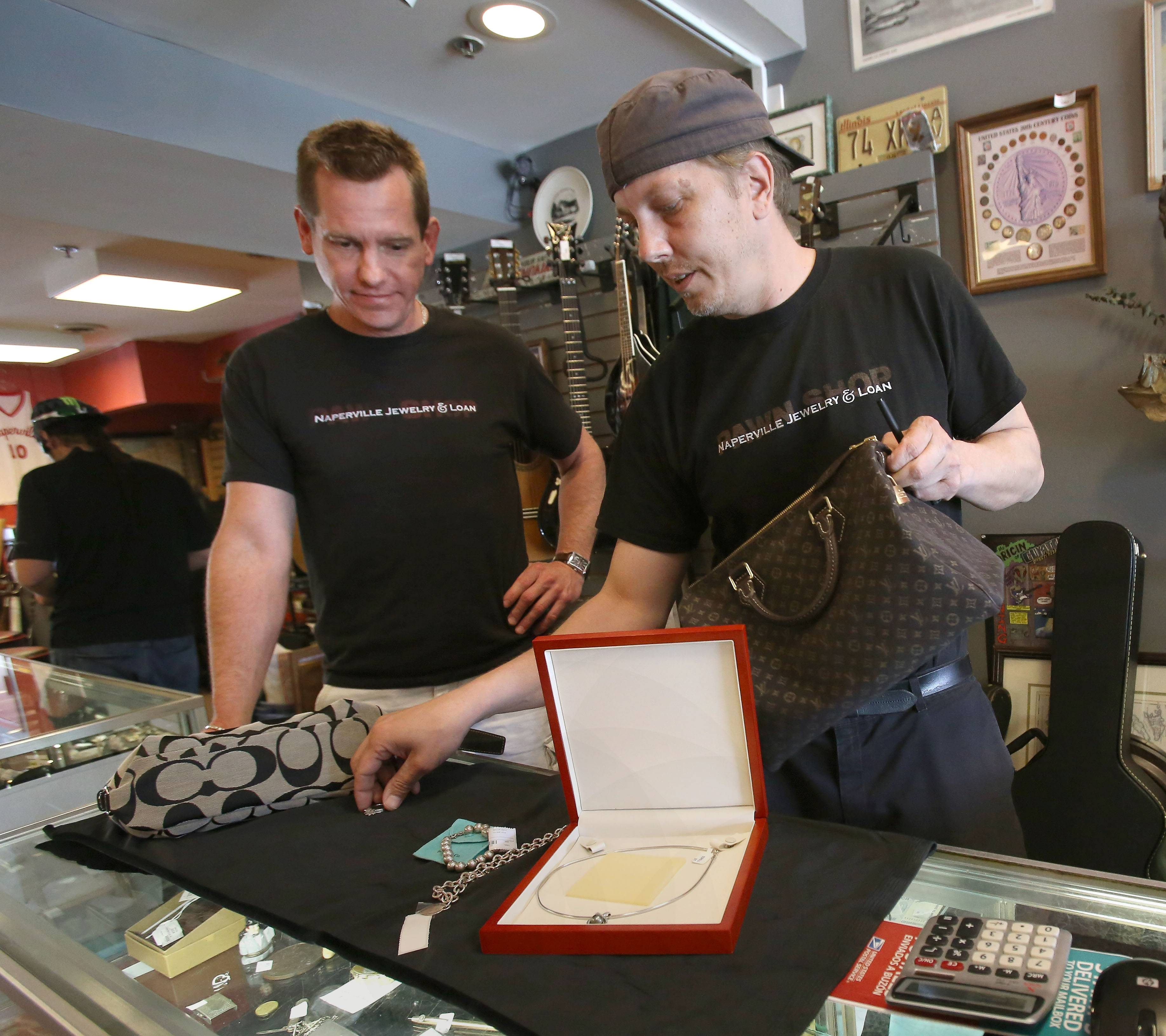Naperville mulling regulations to help find stolen jewelry