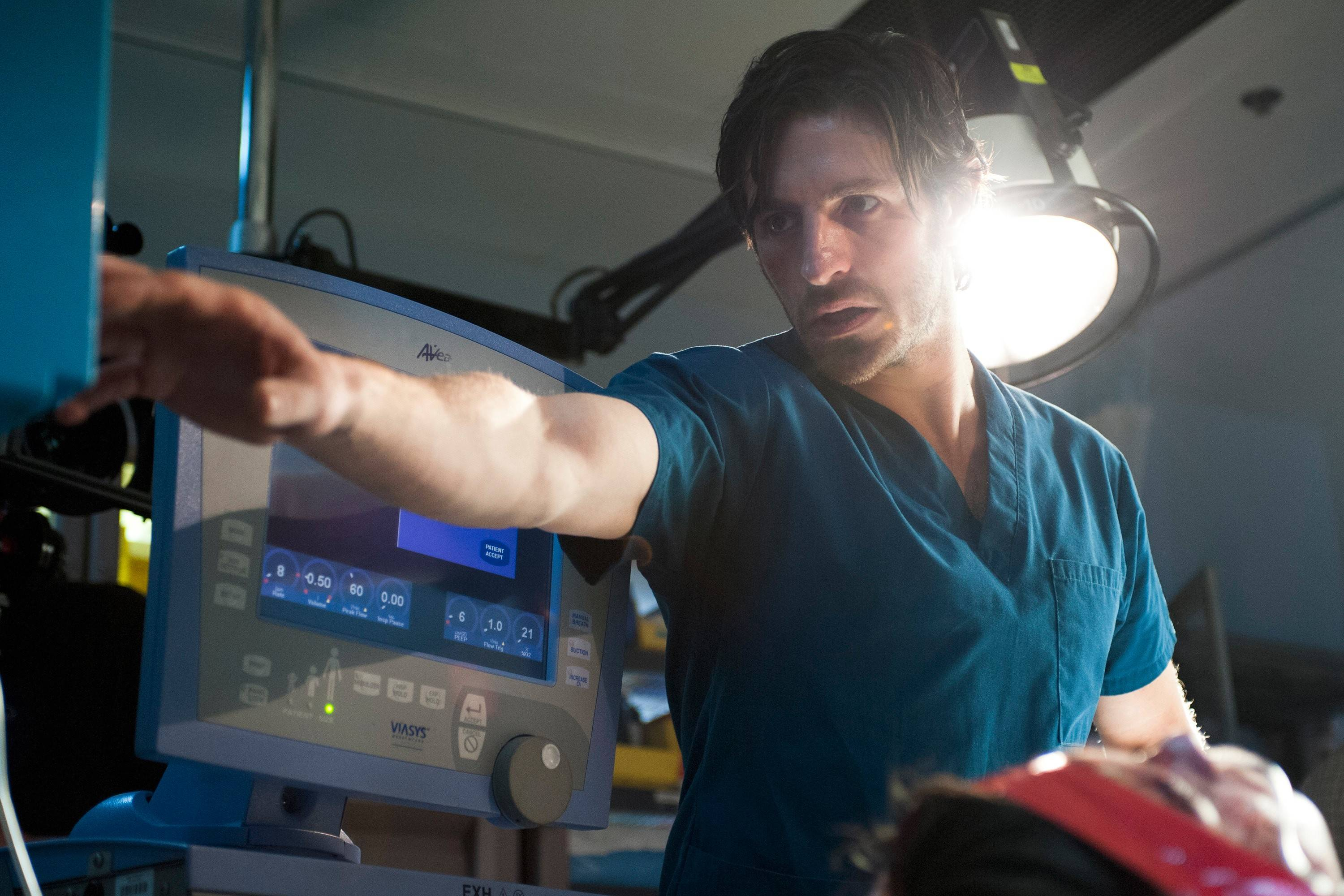 "Former combat surgeon Dr. TC Callahan (Eoin Macken) joins the staff of a Texas hospital in NBC's new medical drama ""The Night Shift."""