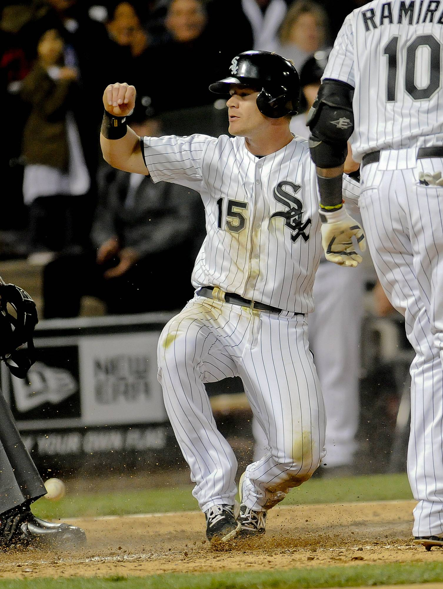 Moises Sierra drove in the winning run with a single in the ninth inning, and the White Sox beat the Cleveland Indians 3-2 Wednesday night to complete a three-game sweep.