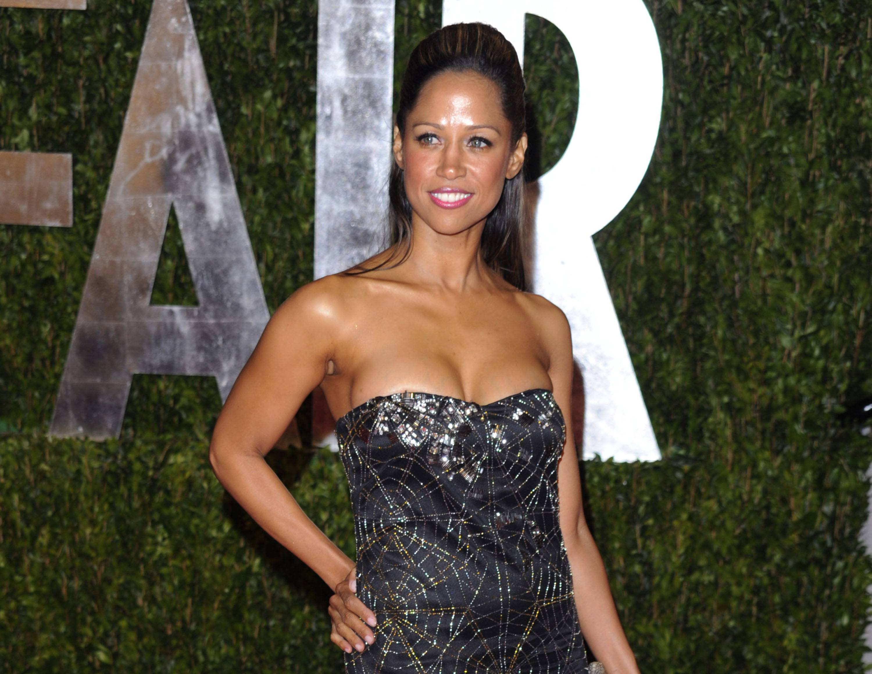 "Fox News Channel is bringing on actress Stacey Dash as a paid contributor. Dash, known for her roles in the ""Clueless"" movie and television series, got on the political radar when she endorsed Mitt Romney over Barack Obama in the last presidential election. Fox News programming executive Bill Shine said Wednesday that Dash will offer cultural analysis and commentary across several of the network's programs."
