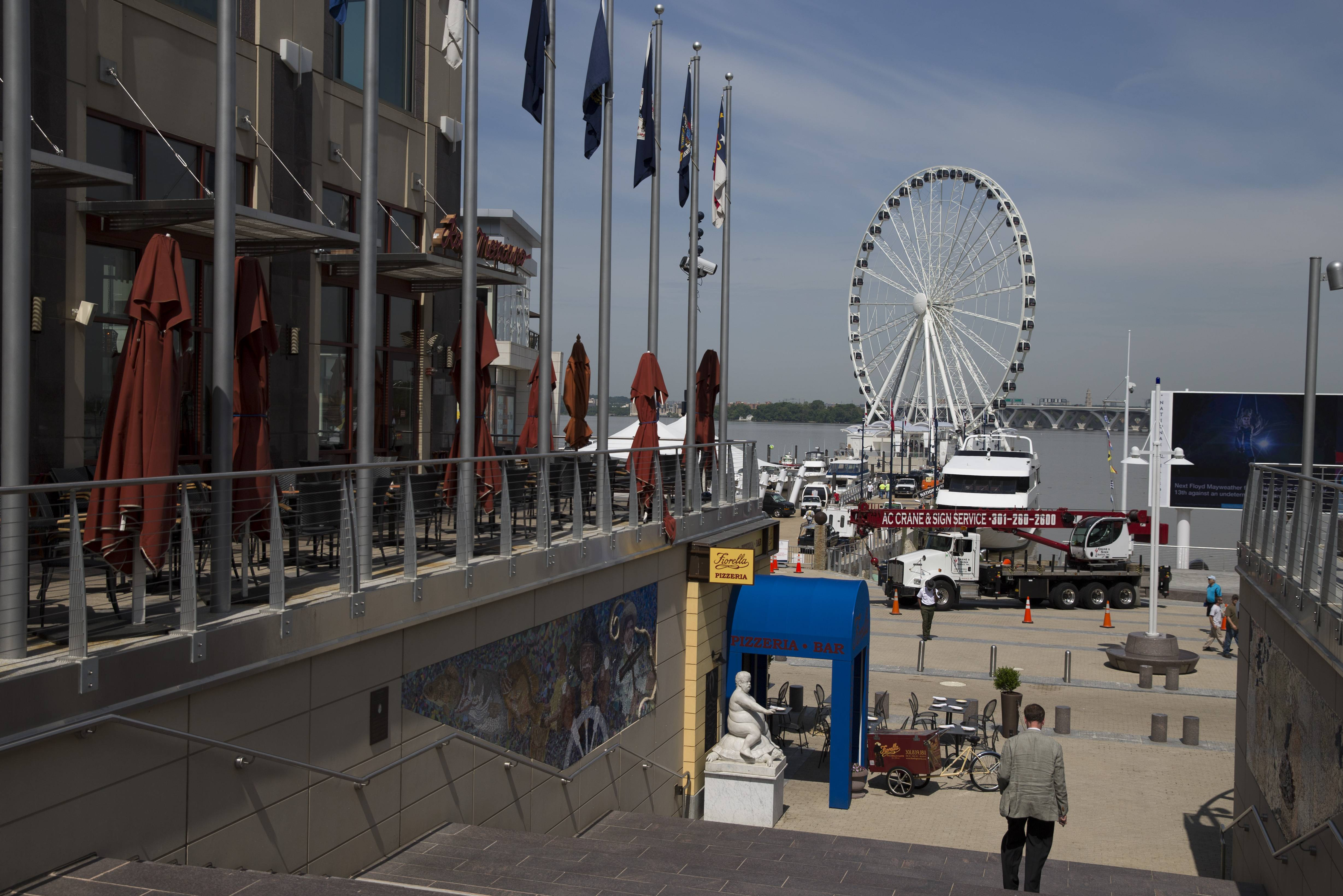 Boaters can dock for dinner and choose from more than 30 restaurants at National Harbor in Maryland.