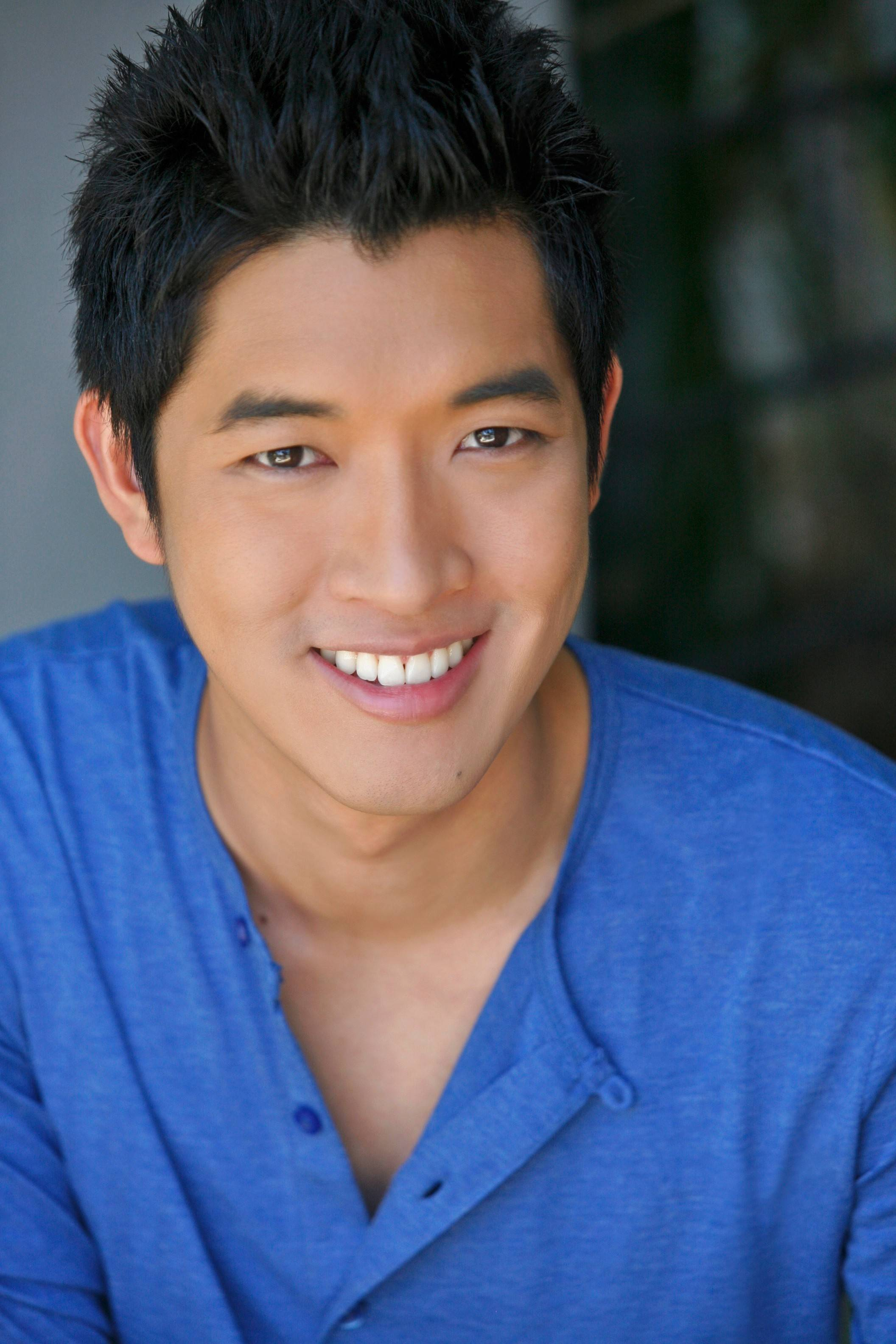 "Vin Kridakorn grew up in Downers Grove, Naperville and Thailand. He now stars in Goodman Theatre's ""The White Snake."""
