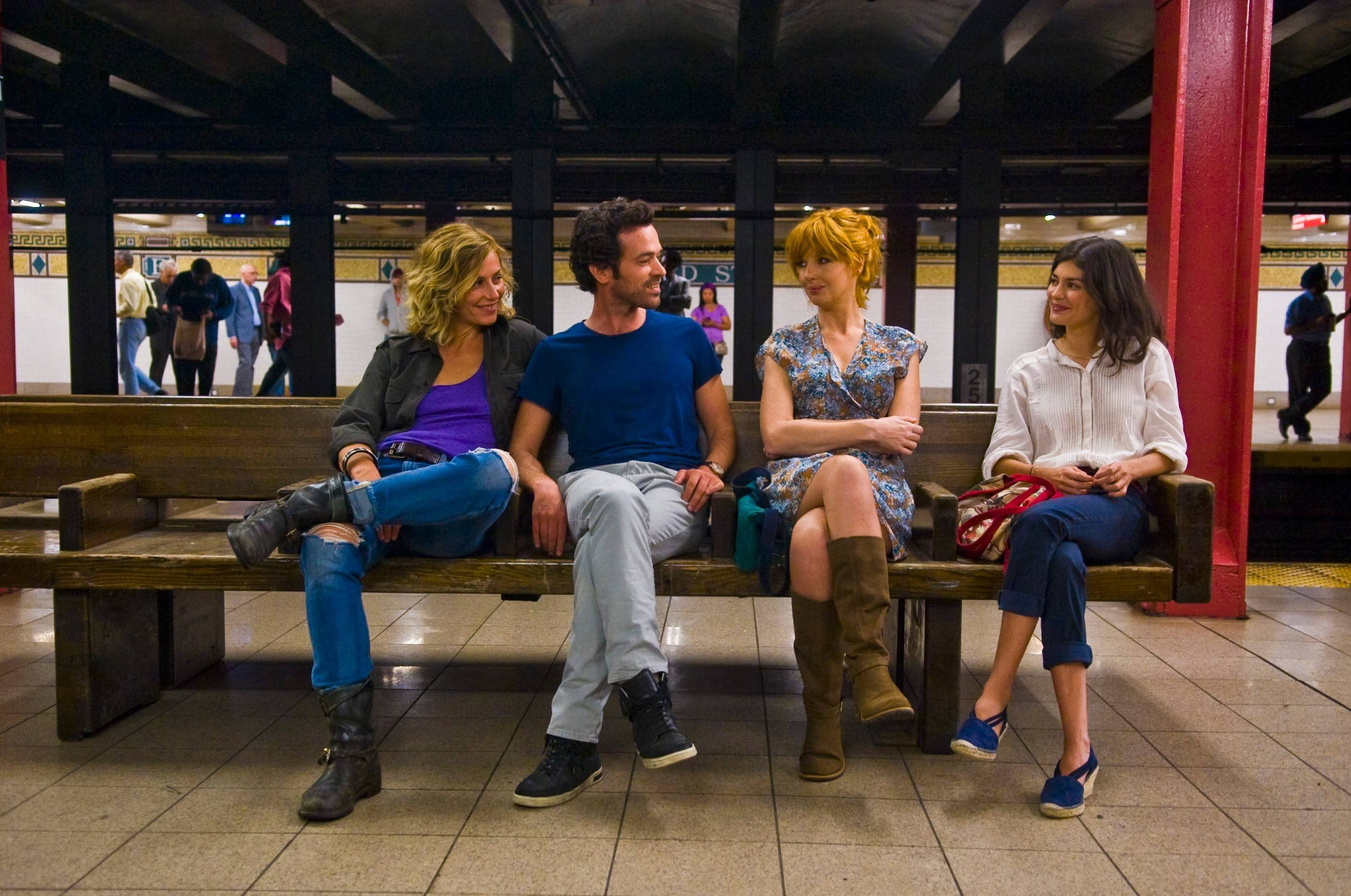 "French novelist Xavier (Romaine Duris) meets up in New York with three of his significant others: Isabelle (Cecile De France), left, Wendy (Kelly Reilly) and Martine (Audrey Tautou) in the domestic romance ""Chinese Puzzle."""